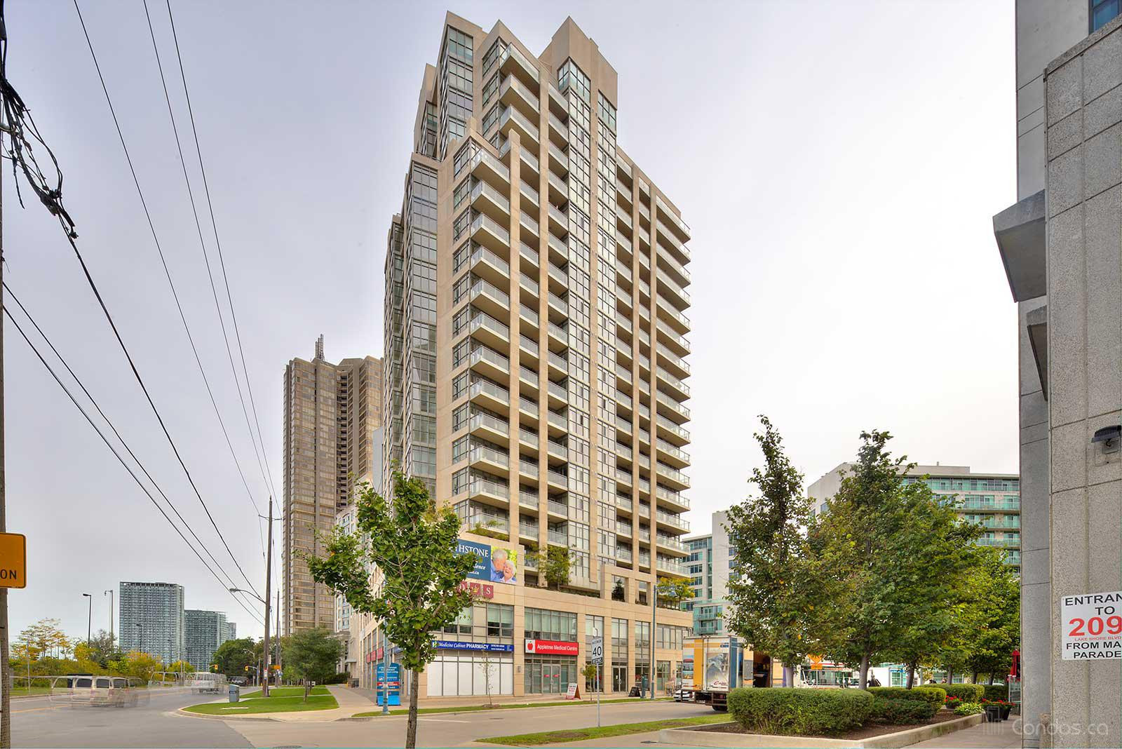Hearthstone by the Bay at 3 Marine Parade Dr, Toronto 0