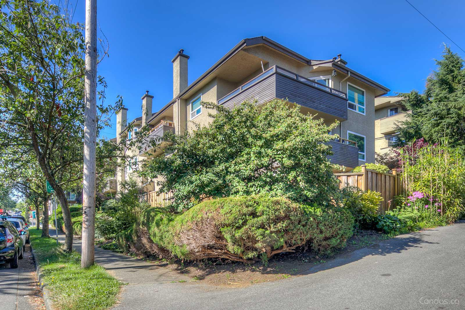 Parkview Manor at 2239 St Catherines St, Vancouver 1