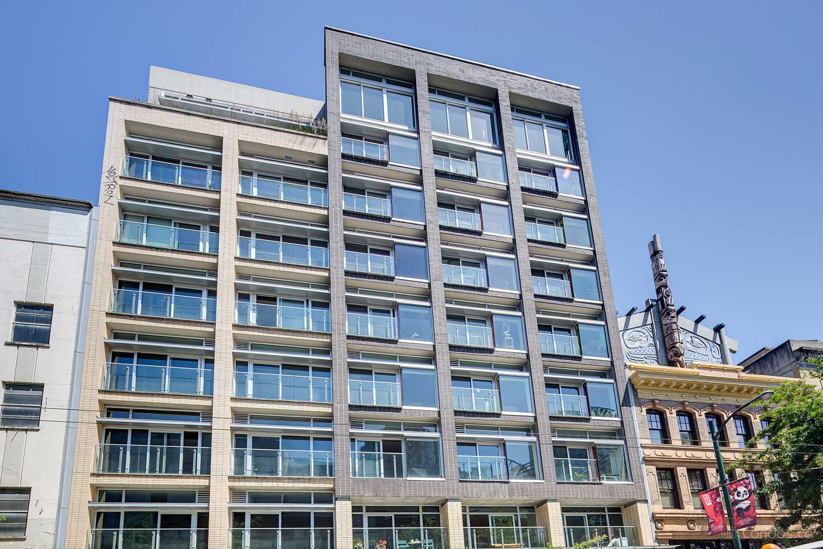 33 at 33 W Pender St, Vancouver 1