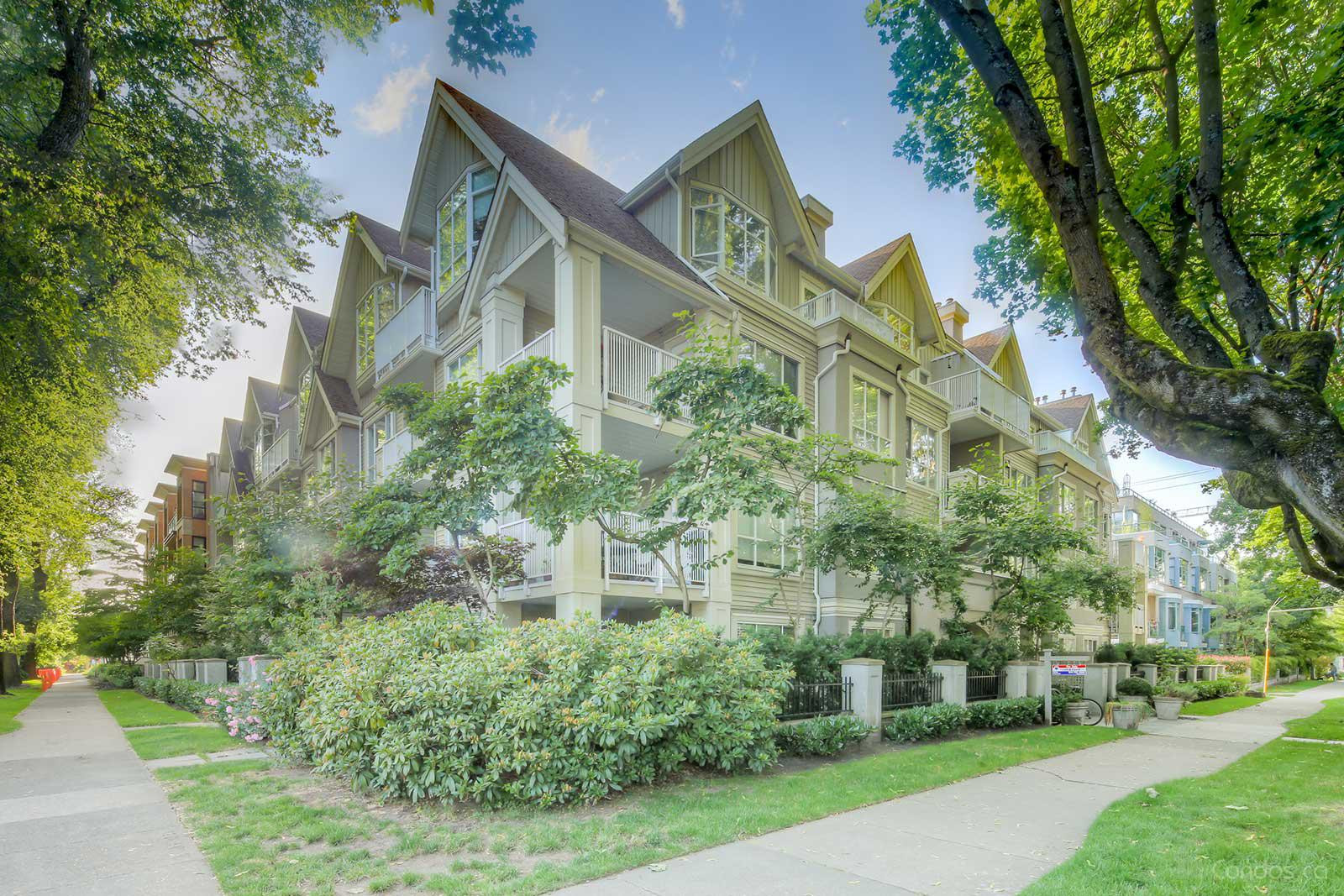 Davenport at 2755 Maple St, Vancouver 1