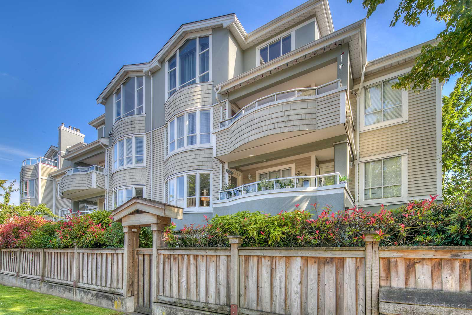 Point Grey Estates at 3220 W 4th Ave, Vancouver 0