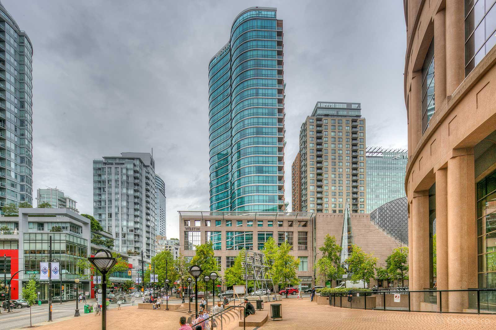 The Westin Grand Hotel at 433 Robson St, Vancouver 0