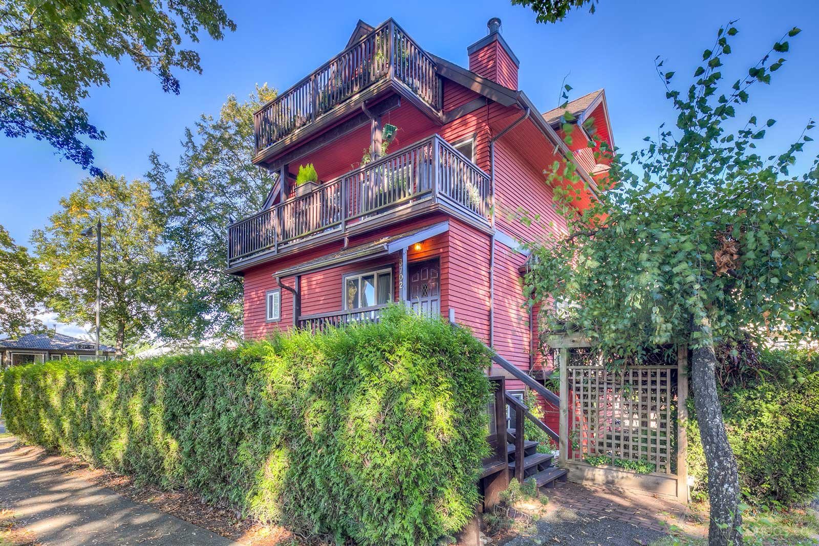 West of Main at 3702 Quebec St, Vancouver 0