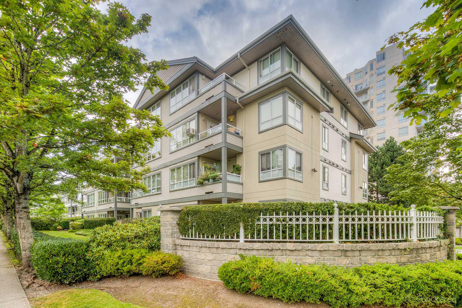 Connaught at 4990 McGeer St, Vancouver 0