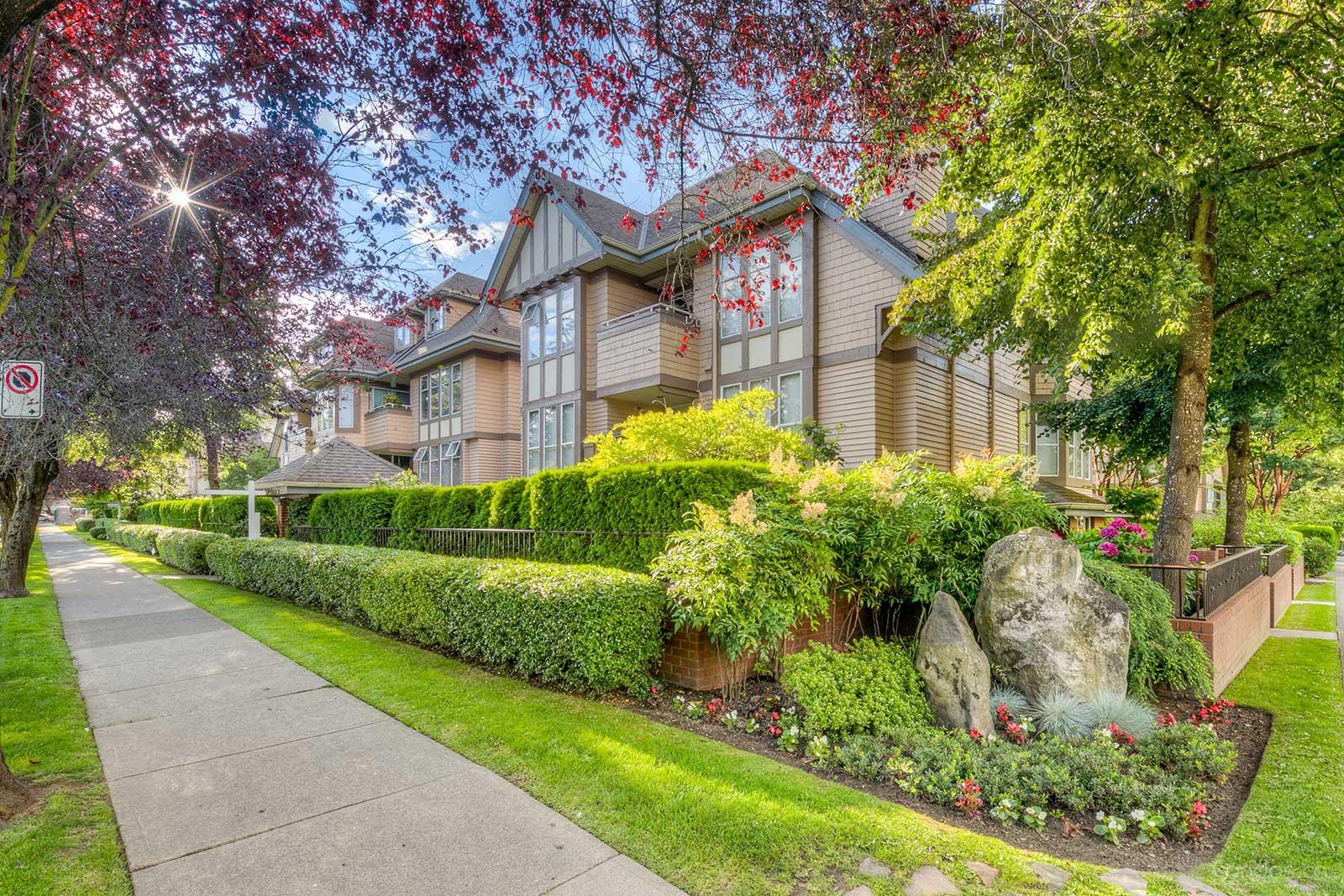 Connaught Estates at 628 W 13th Ave, Vancouver 1