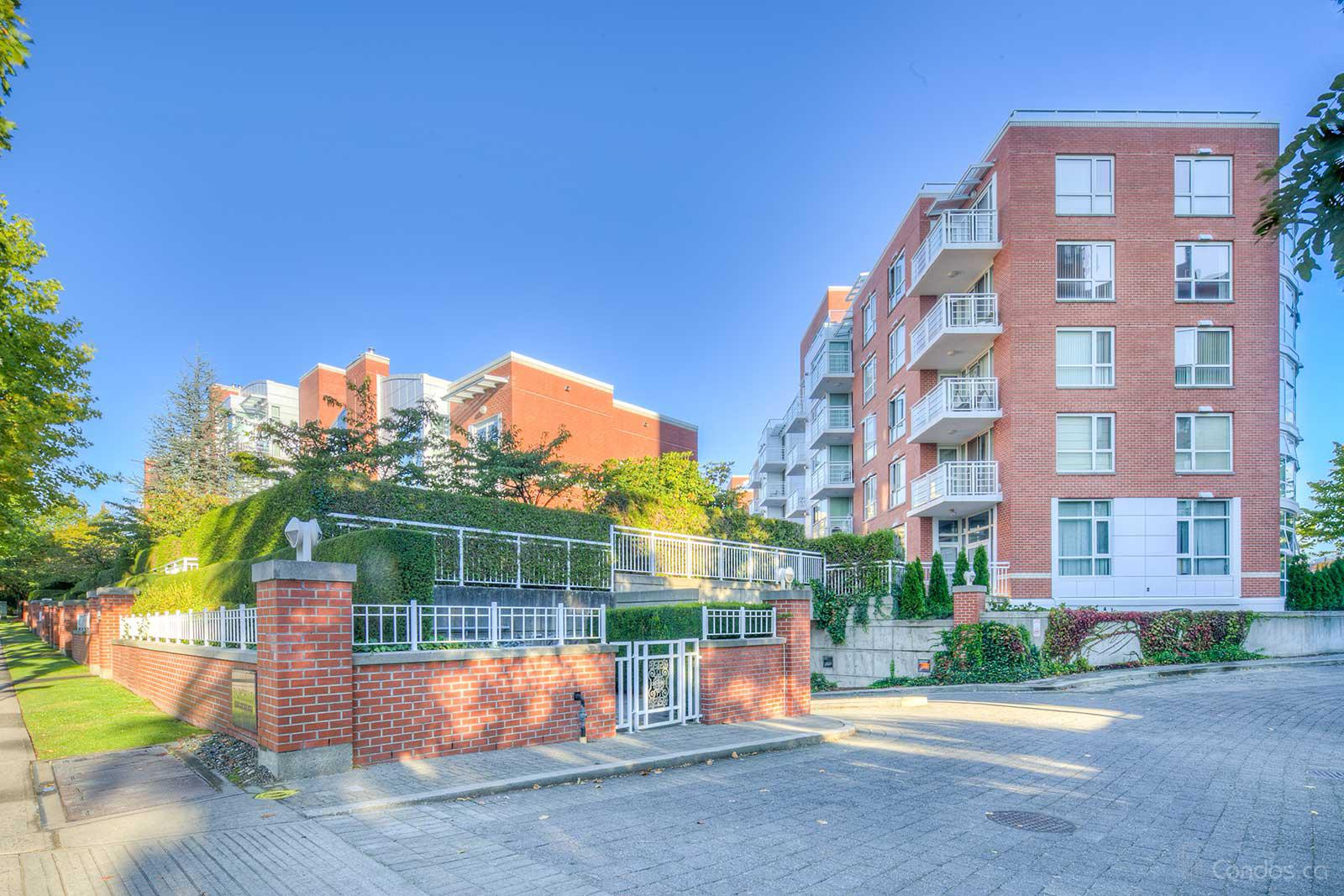 Fairchild Court at 651 W 45th Ave, Vancouver 0