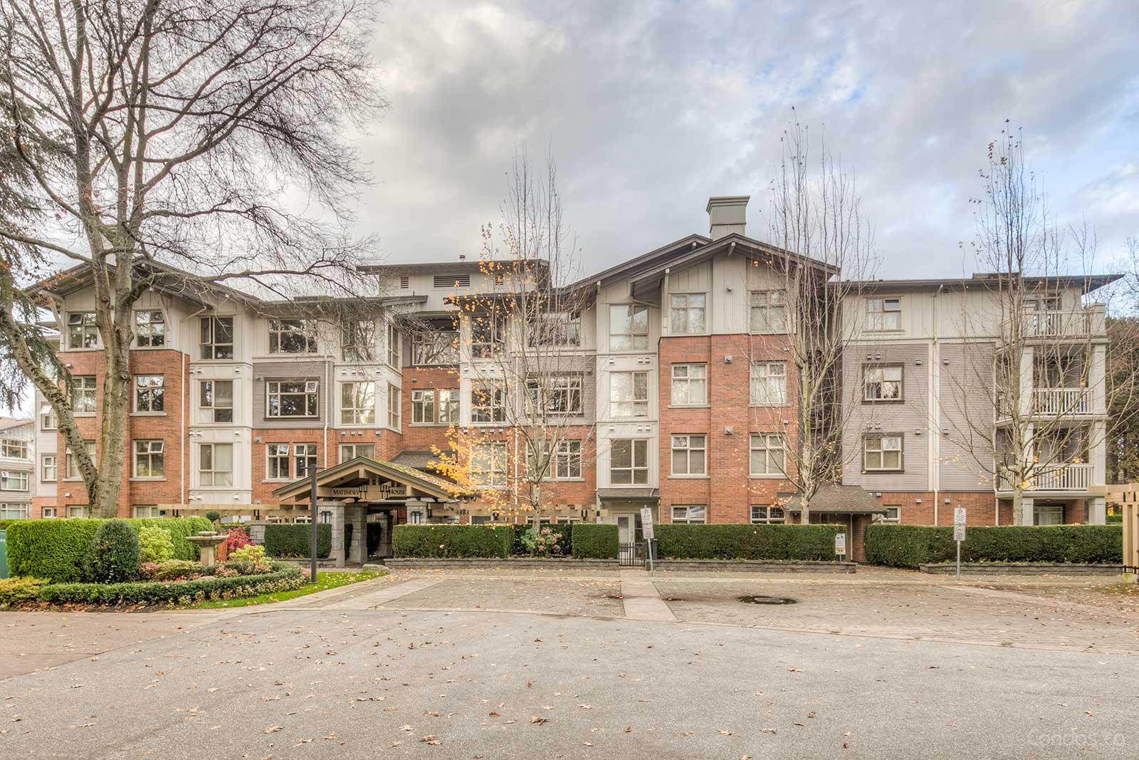 Matthews House at 4883 Maclure Mews, Vancouver 0