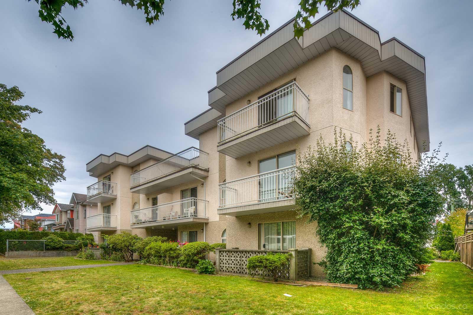 458 East 44th at 458 E 44th Ave, Vancouver 0