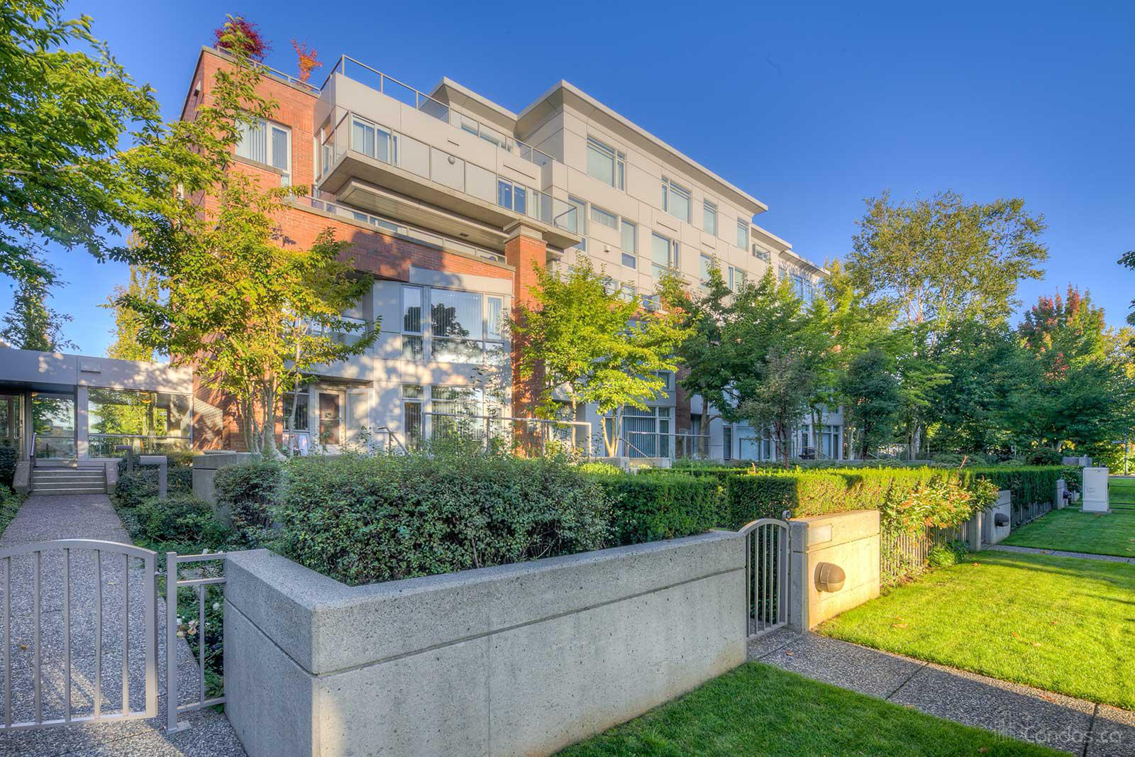 The Conservatory at 638 W 45th Ave, Vancouver 0