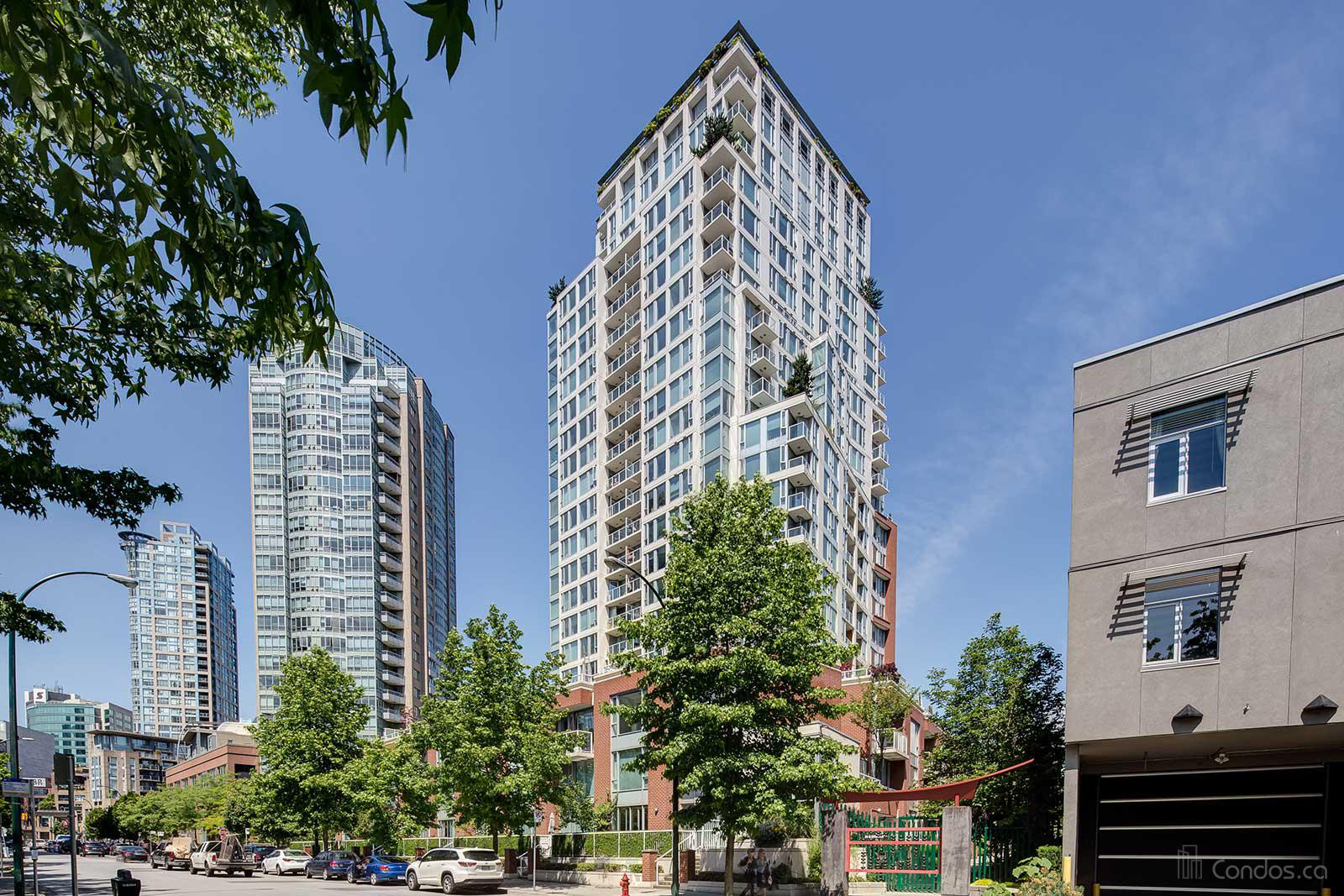 The Taylor at 550 Taylor St, Vancouver 1