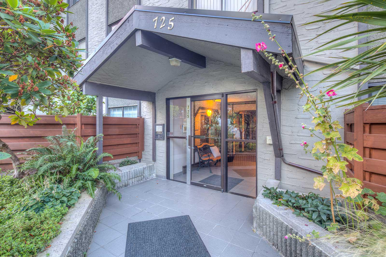 Place Devito at 725 Commercial Dr, Vancouver 1