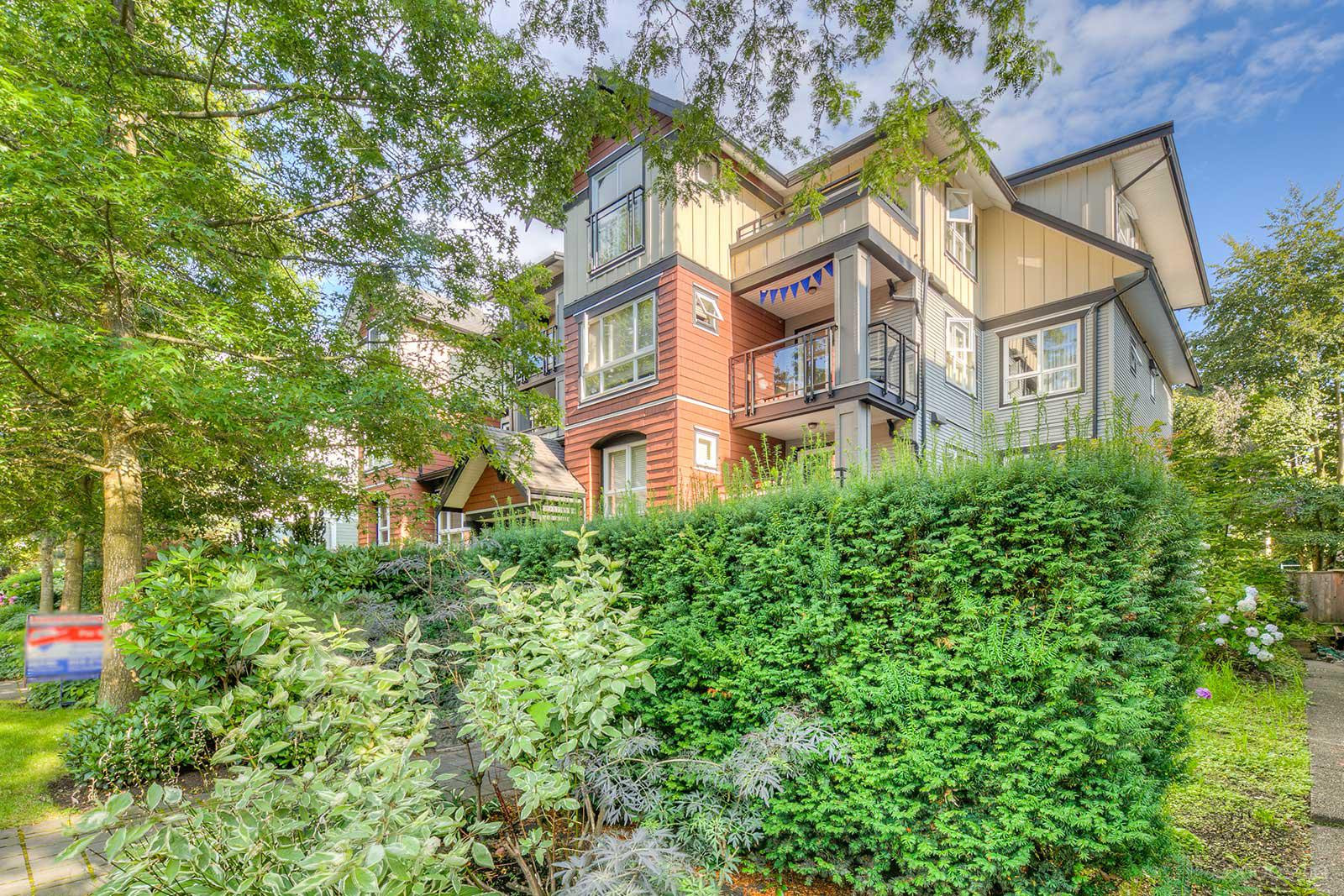 The Braebern at 736 W 14th Ave, Vancouver 0