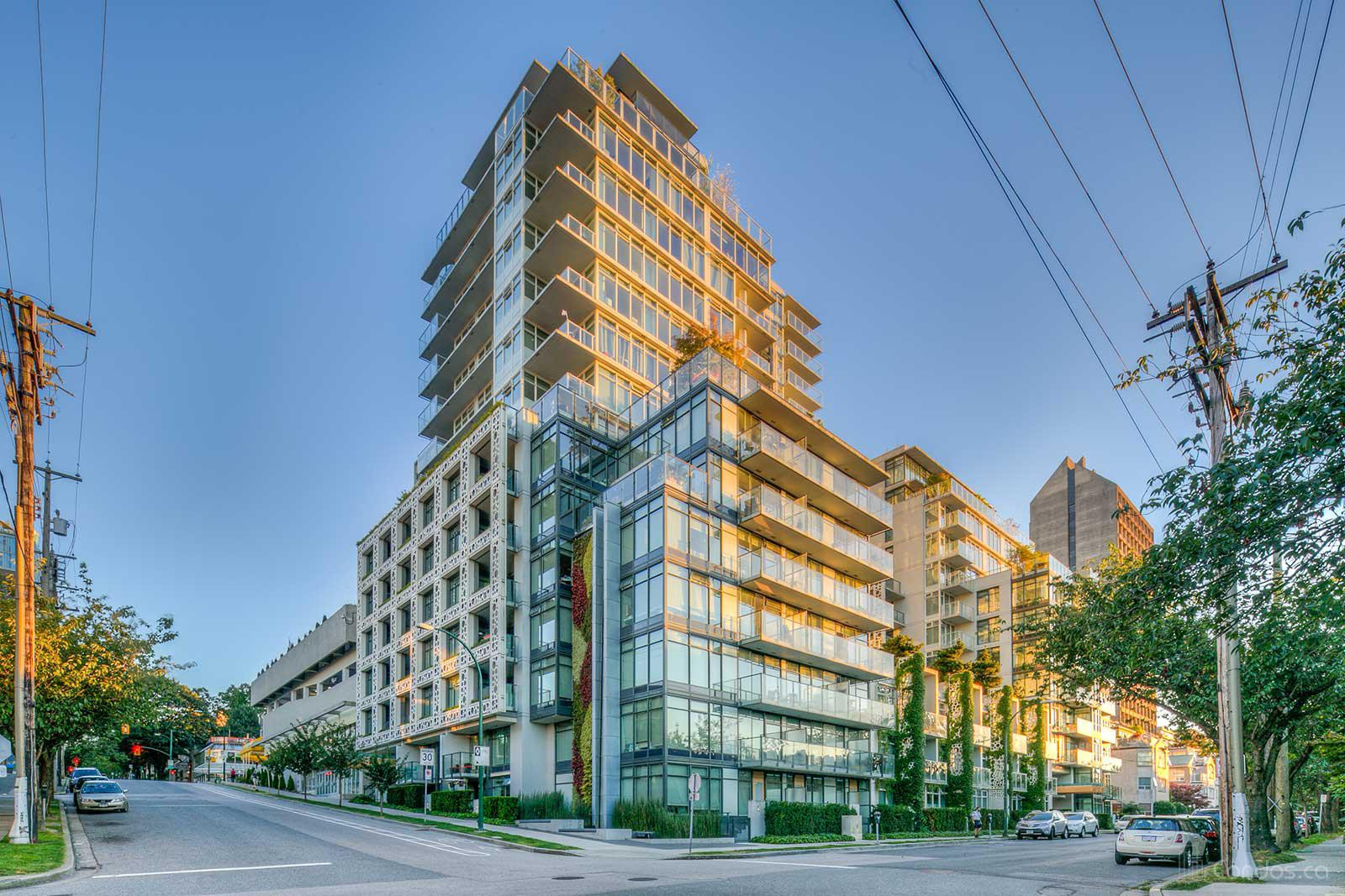 700 West 8th at 728 W 8th Ave, Vancouver 1