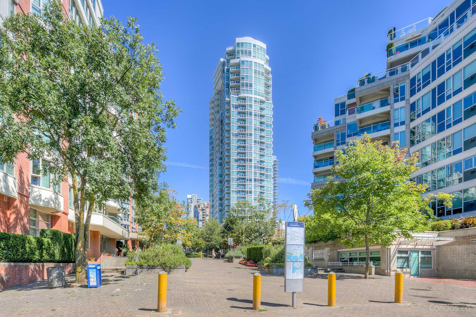 888 Beach at 1500 Hornby St, Vancouver 1