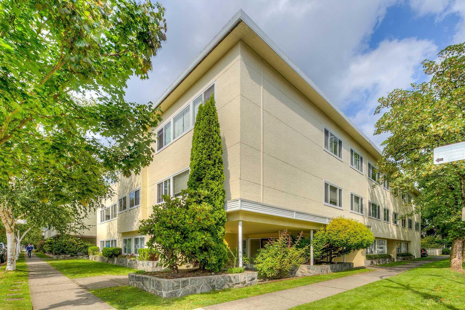 Boulevard Manor at 6080 East Blvd, Vancouver 0