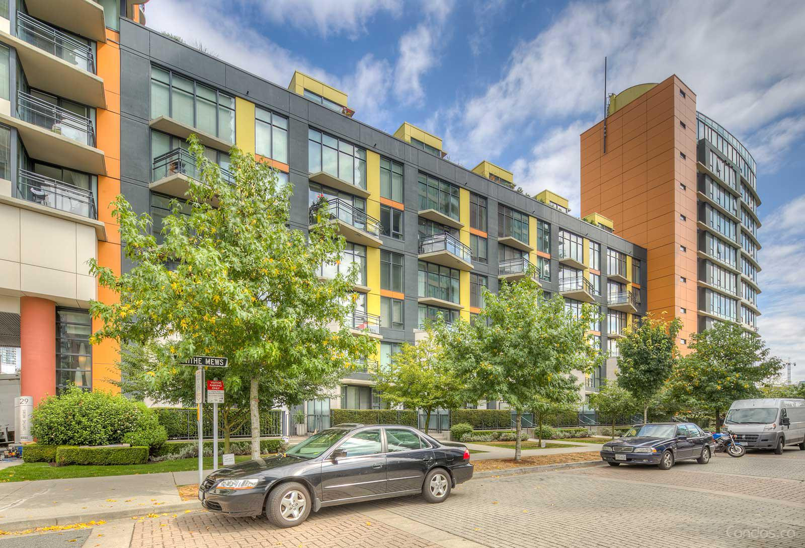 Coopers Lookout at 29 Smithe Mews, Vancouver 0