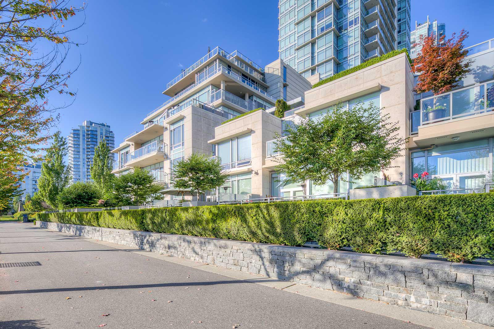 King's Landing at 426 Beach Crescent, Vancouver 0