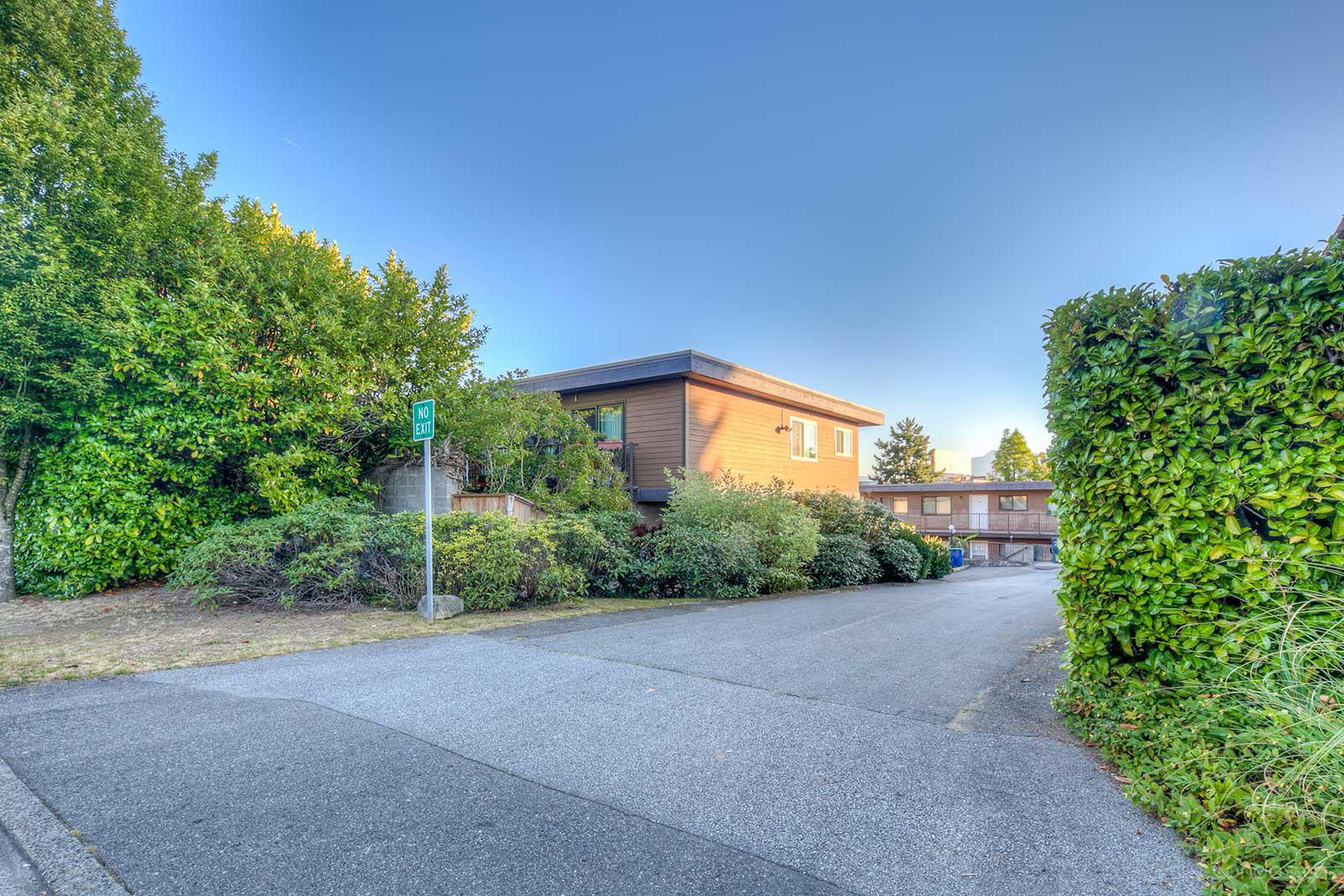Lewarde Court at 3136 Kingsway, Vancouver 0