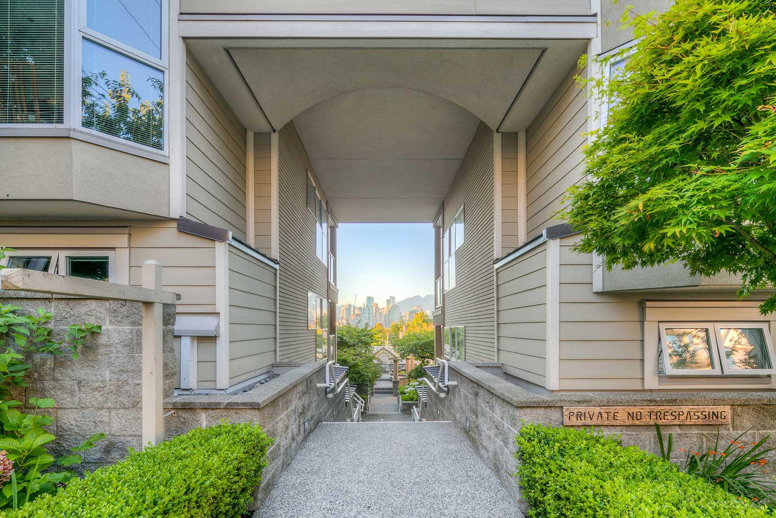 Southport at 933 W 8th Ave, Vancouver 0