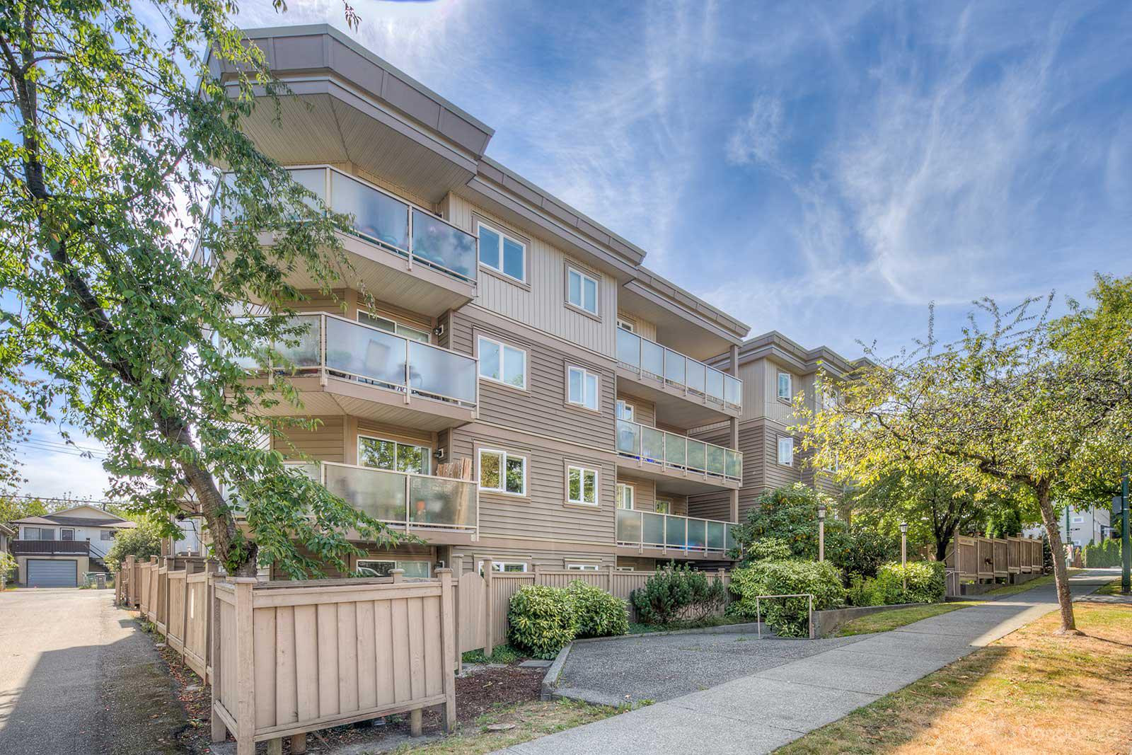 Southgate Place at 998 W 19th Ave, Vancouver 0