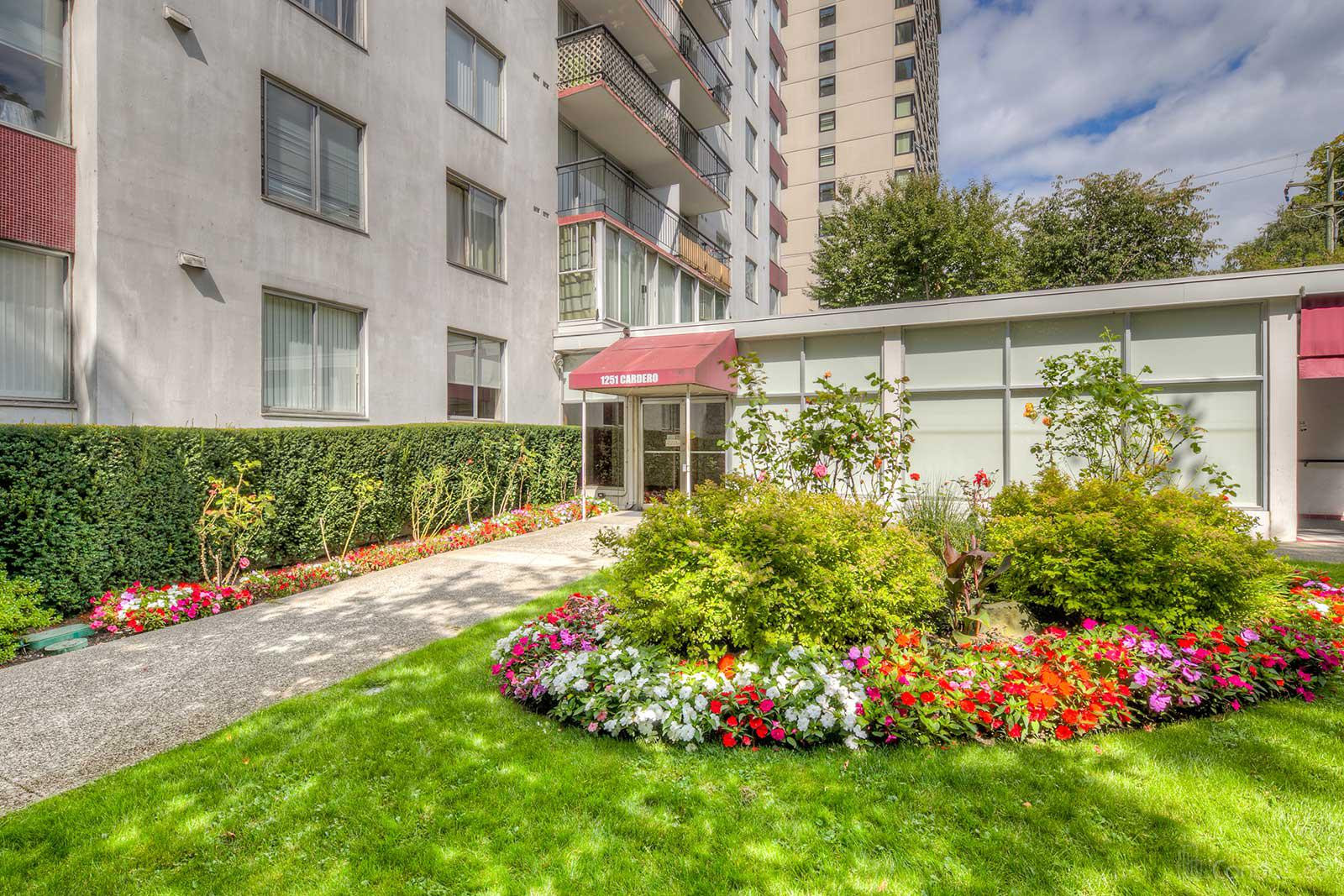 Surfcrest at 1251 Cardero St, Vancouver 0
