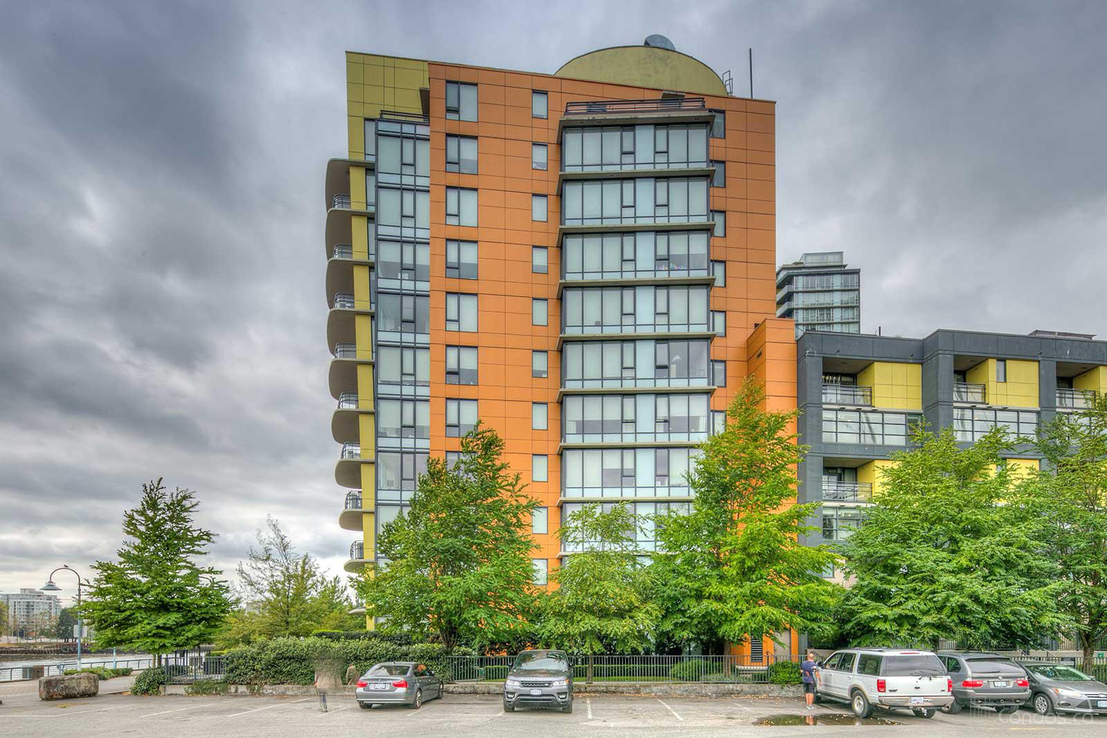 The Villas at Coopers Lookout at 9 Smithe Mews, Vancouver 0