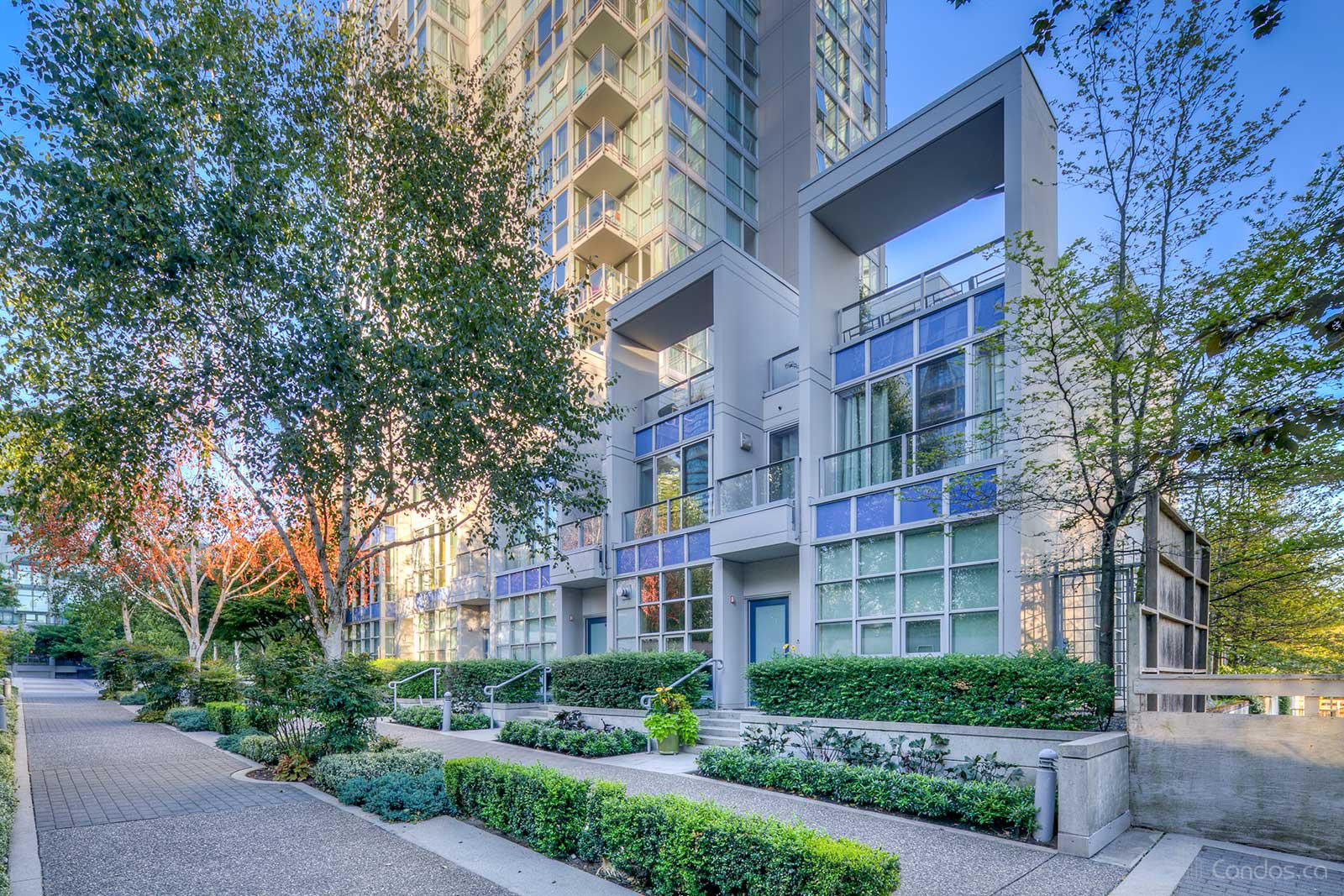 West One at 1408 Strathmore Mews, Vancouver 1