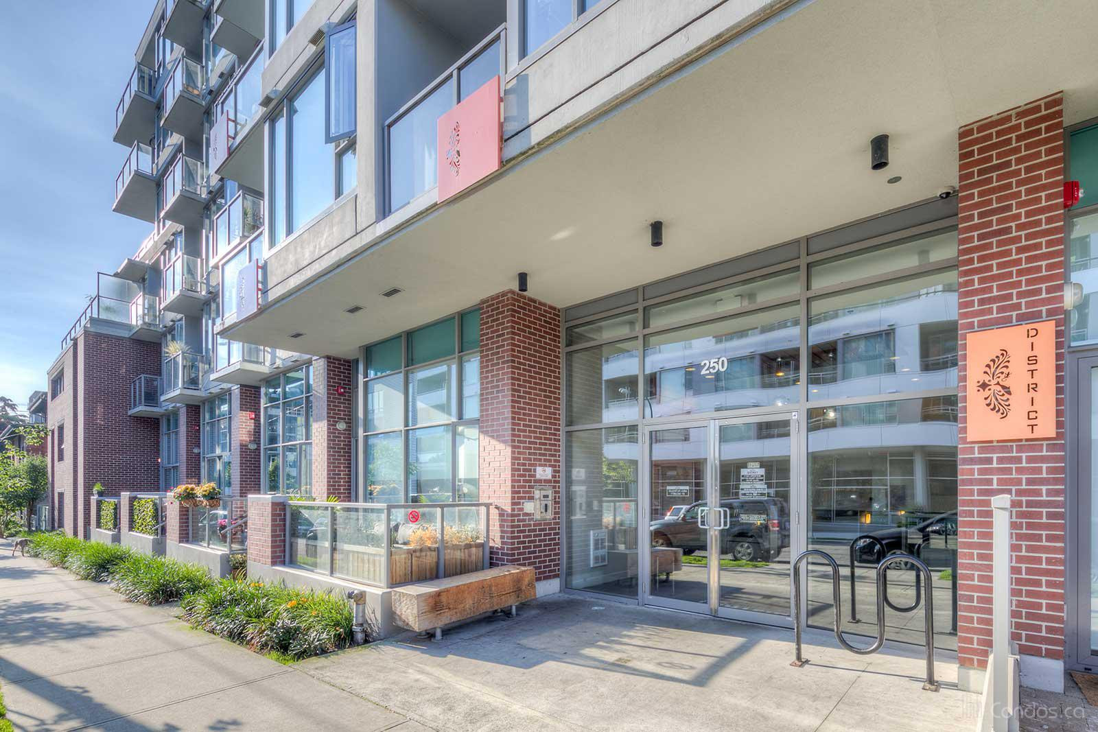 District at 250 E 6th Ave, Vancouver 1