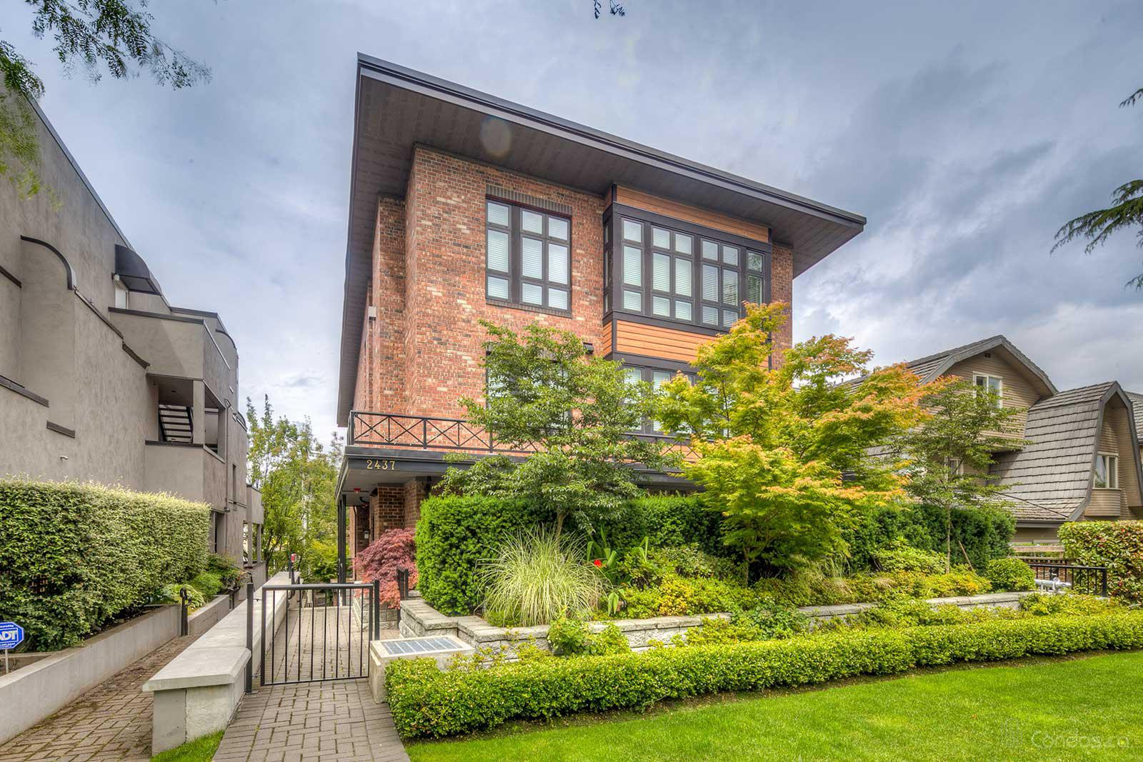 First Avenue Mews at 2435 W 1st Ave, Vancouver 0