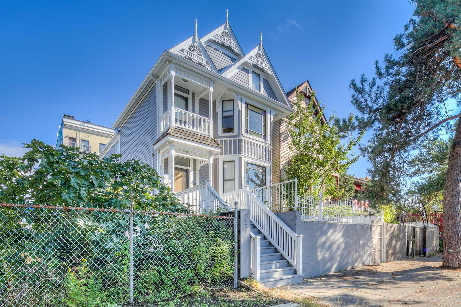 451 East Pender Street at 451 E Pender St, Vancouver 0