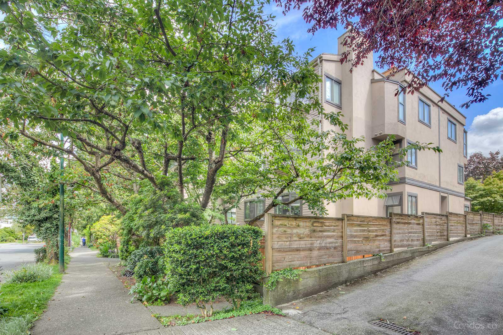 Maple Gardens at 1922 W 7th Ave, Vancouver 0