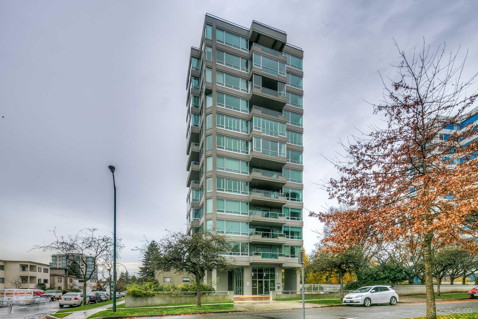 Kerrisdale at 5885 Yew St, Vancouver 0