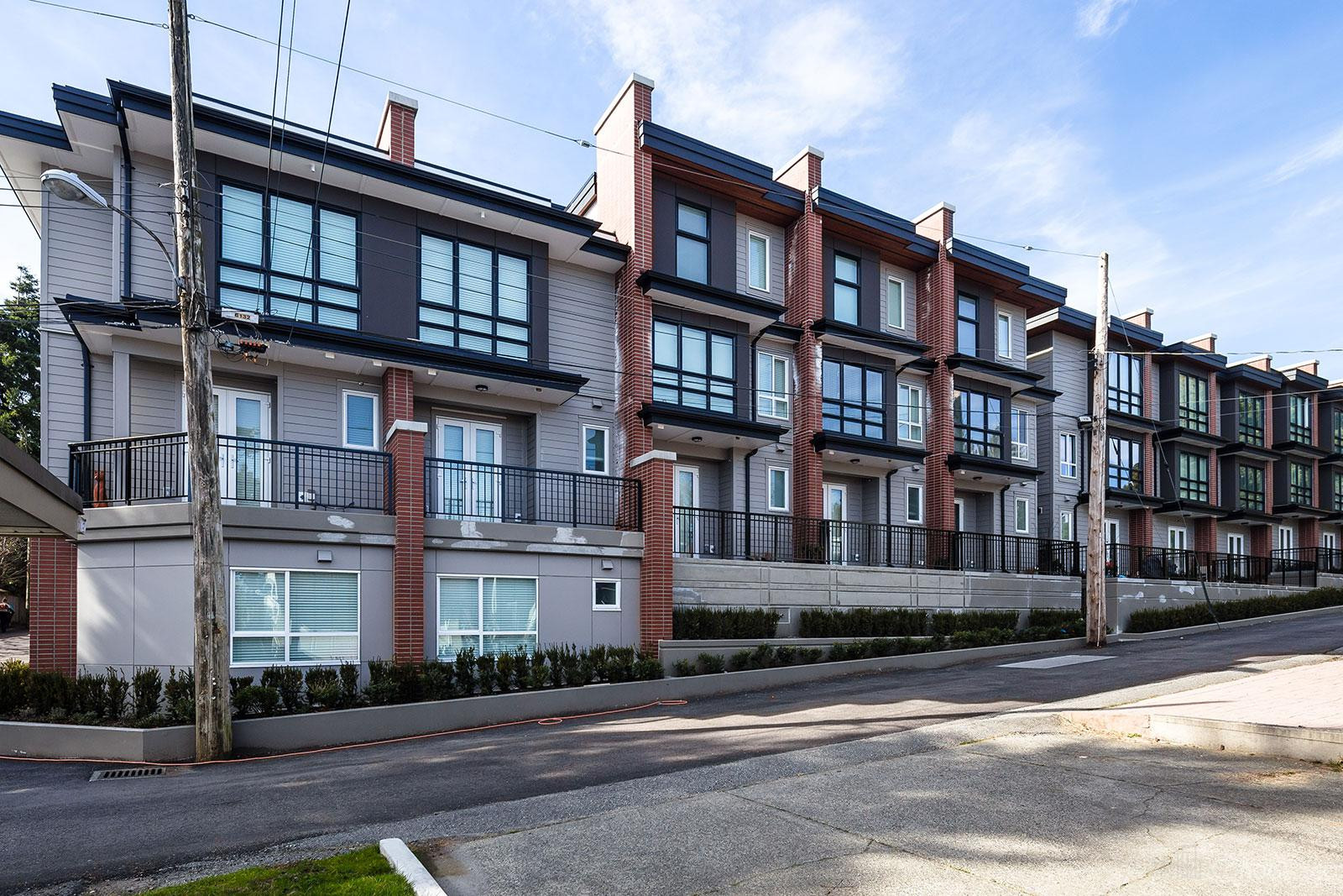 Park & Metro Townhouses at 388 W 64th Ave, Vancouver 1