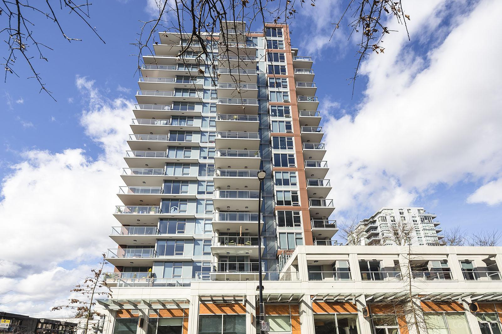 15 West at 150 15th St W, North Vancouver City 1