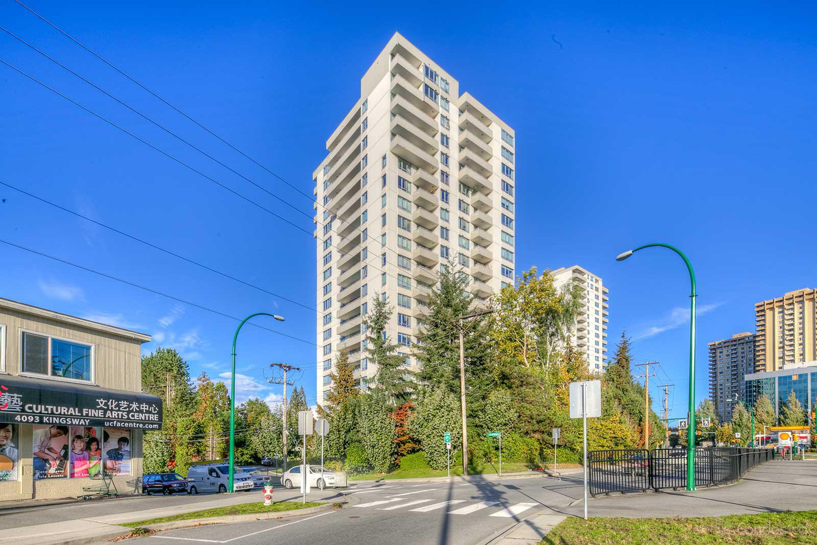 Central Park Place at 4160 Sardis St, Burnaby 1