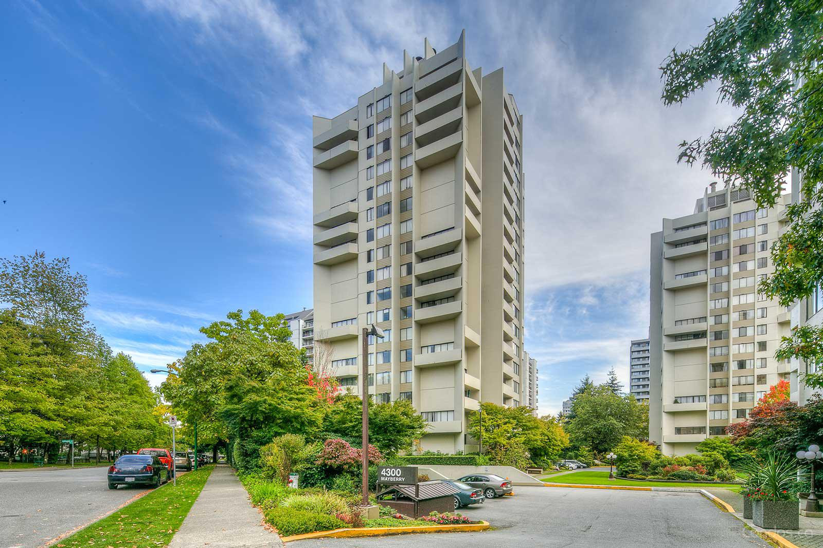 Times Square at 4200 Mayberry St, Burnaby 1