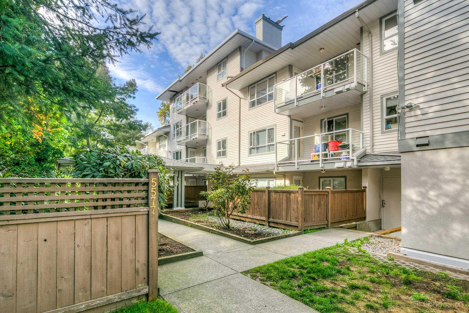 Cottonwood Grove at 5577 Smith Ave, Burnaby 0
