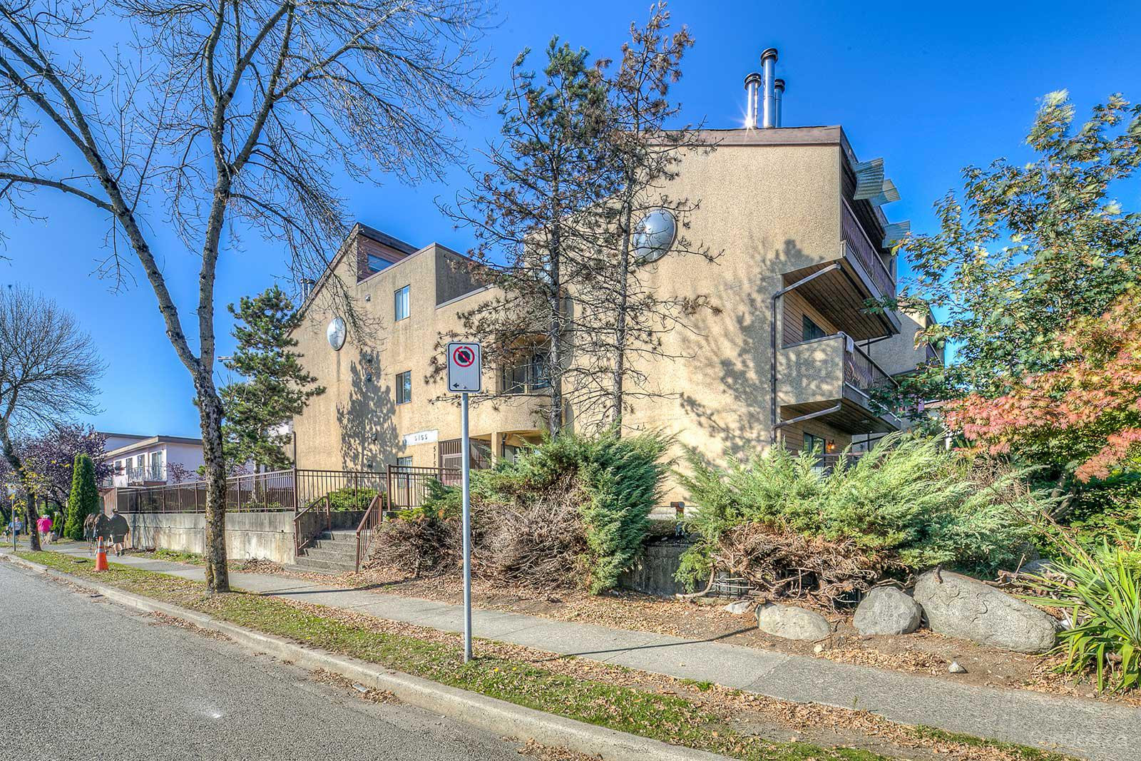 Royal Oak Apartments at 5155 Imperial St, Burnaby 0