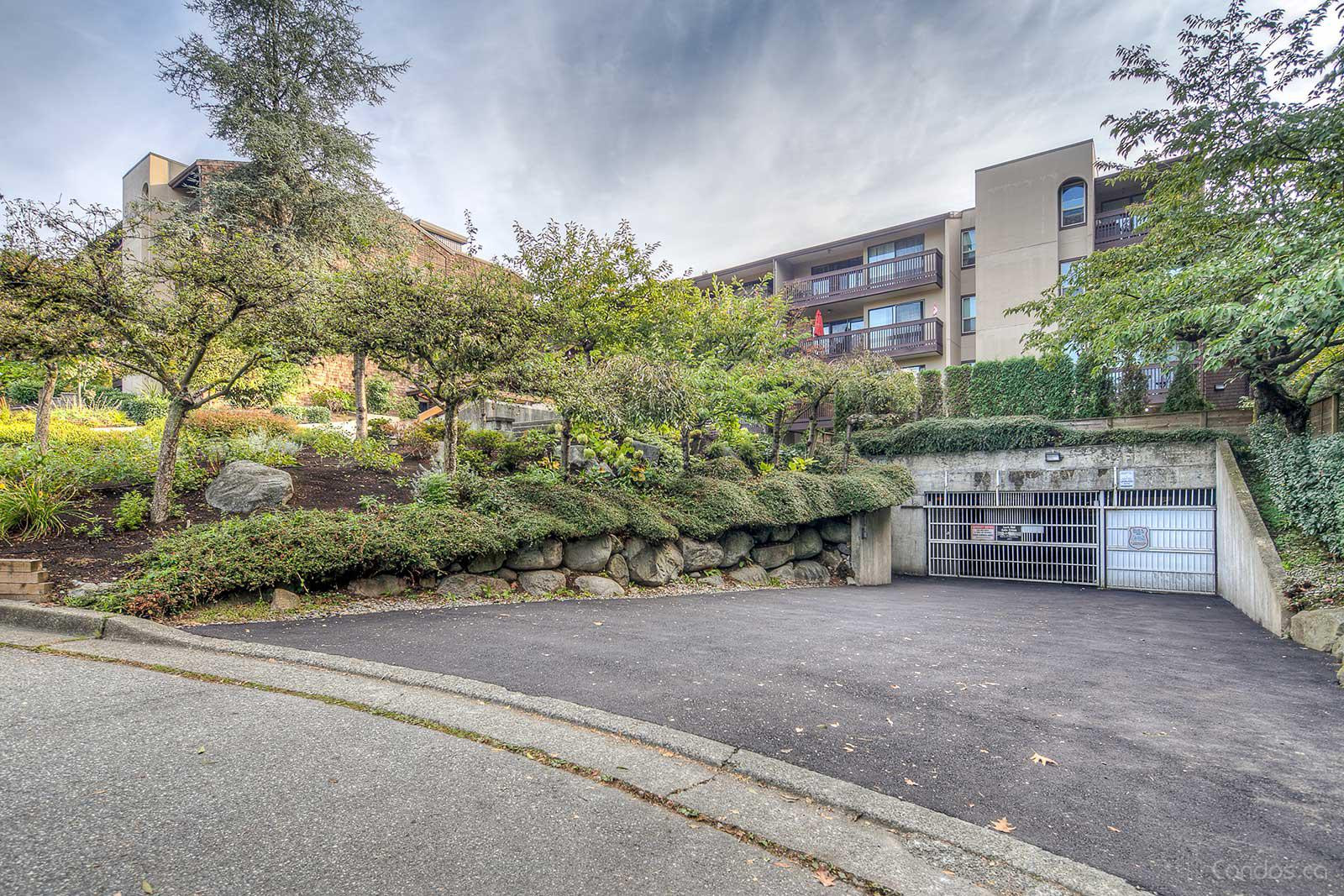 Barclay Woods at 9857 Manchester Dr, Burnaby 1