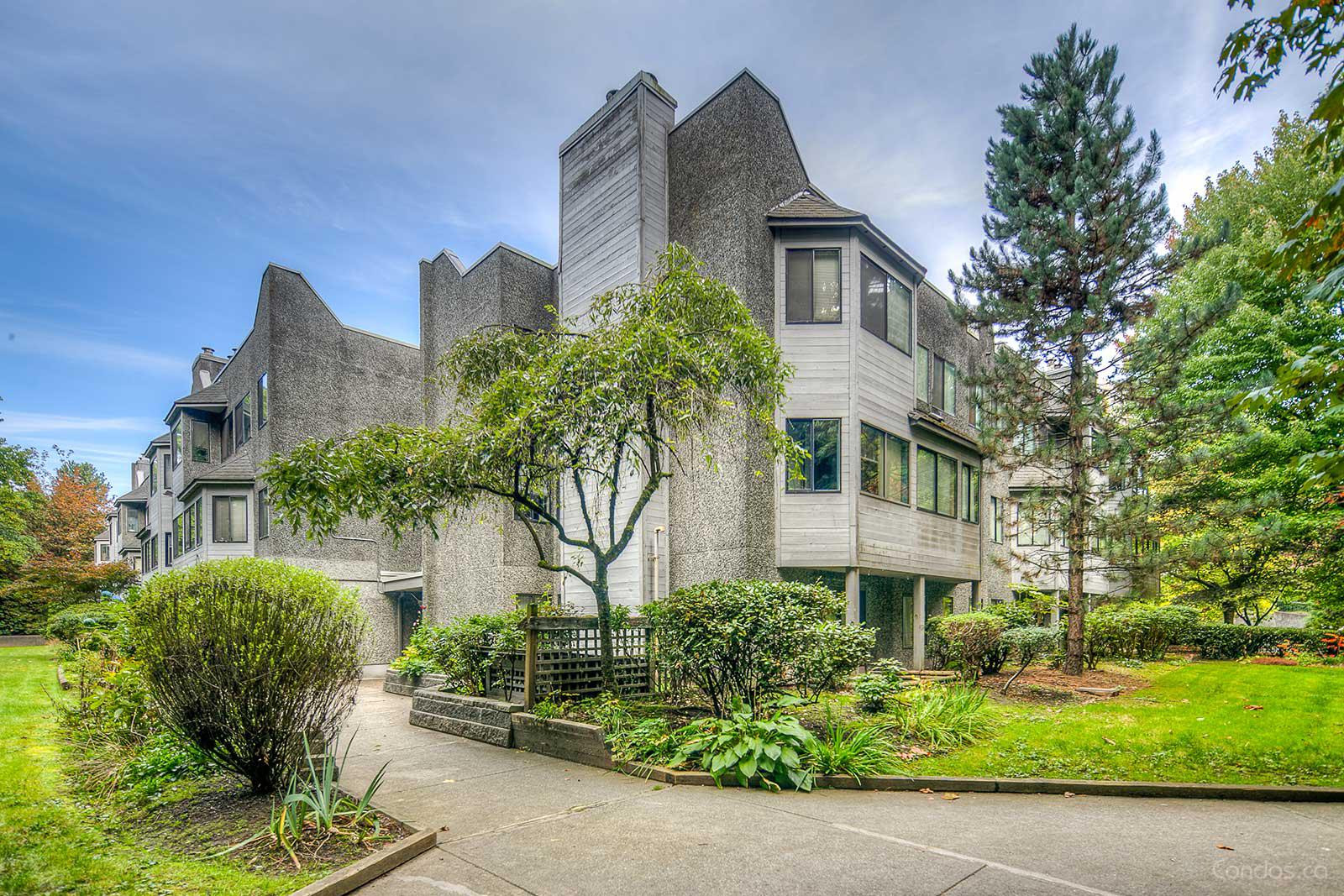 Brookside Court at 9880 Manchester Dr, Burnaby 0
