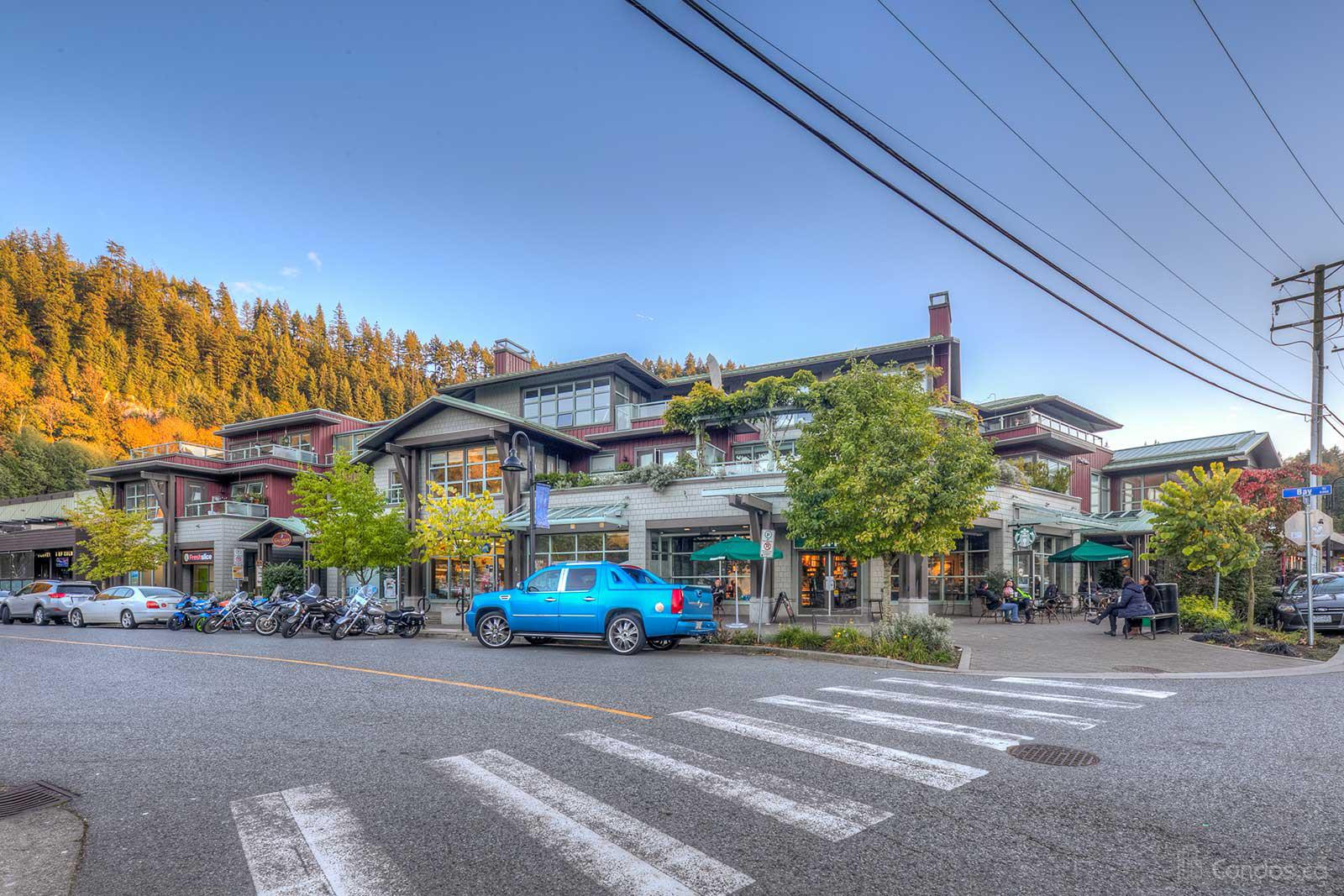 Galleries On The Bay at 6688 Royal Ave, West Vancouver 0