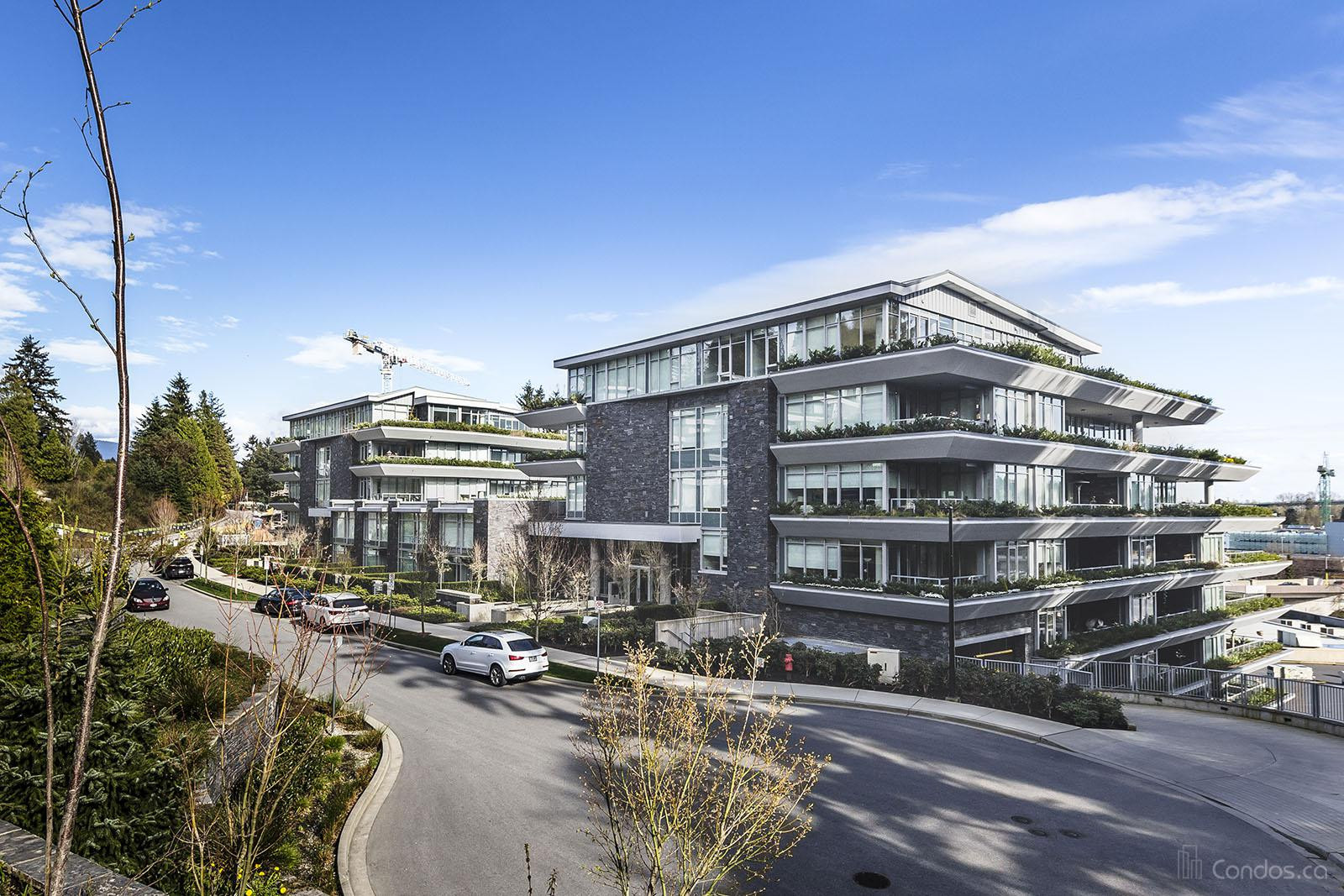 At Forest's Edge One at 888 Arthur Erickson Pl, West Vancouver 1