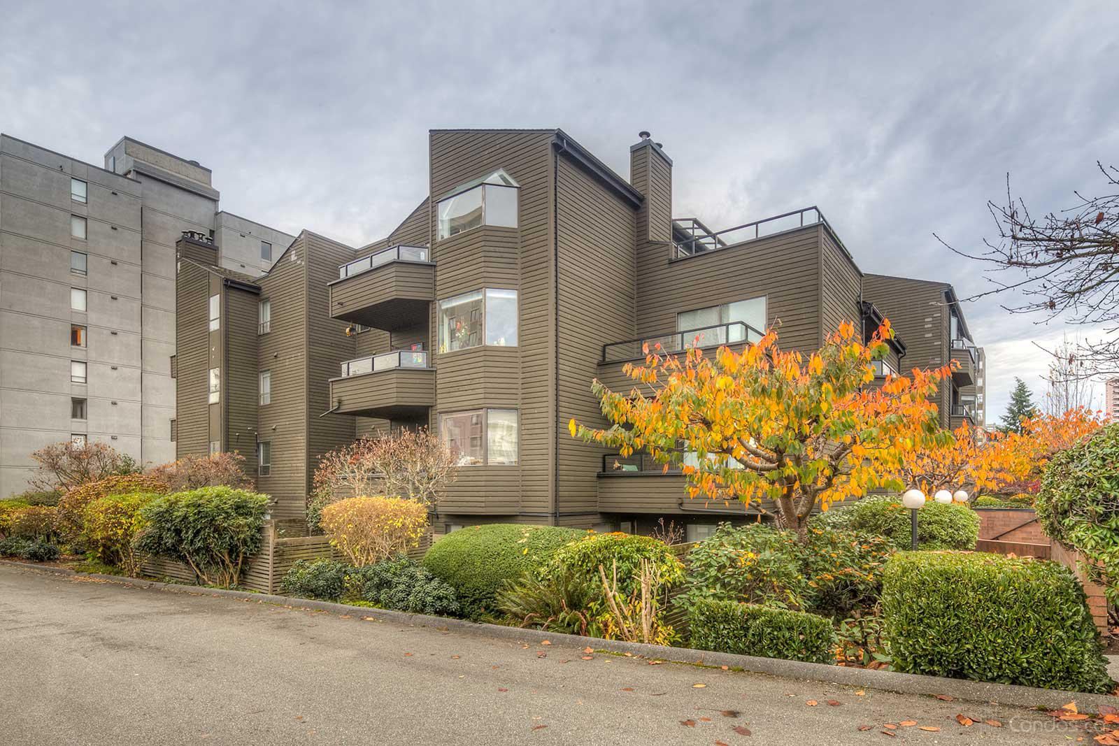 Ambleside Lane at 1340 Duchess Ave, West Vancouver 0
