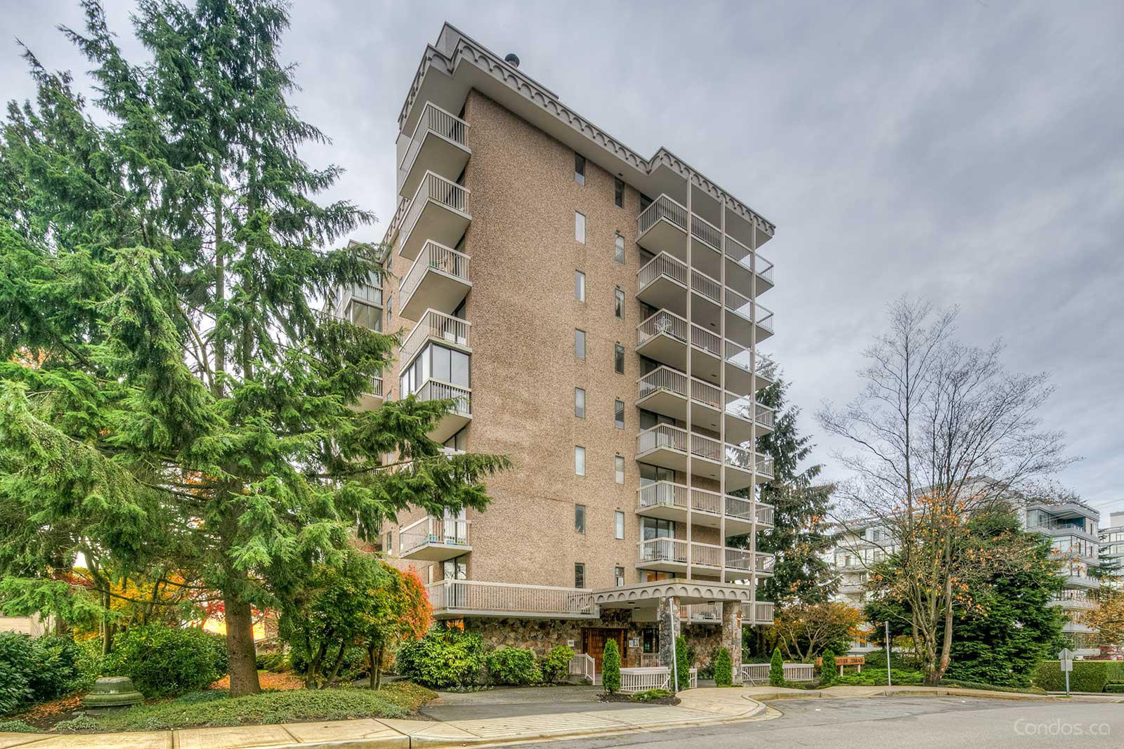 Westview Terrace at 1390 Duchess Ave, West Vancouver 0