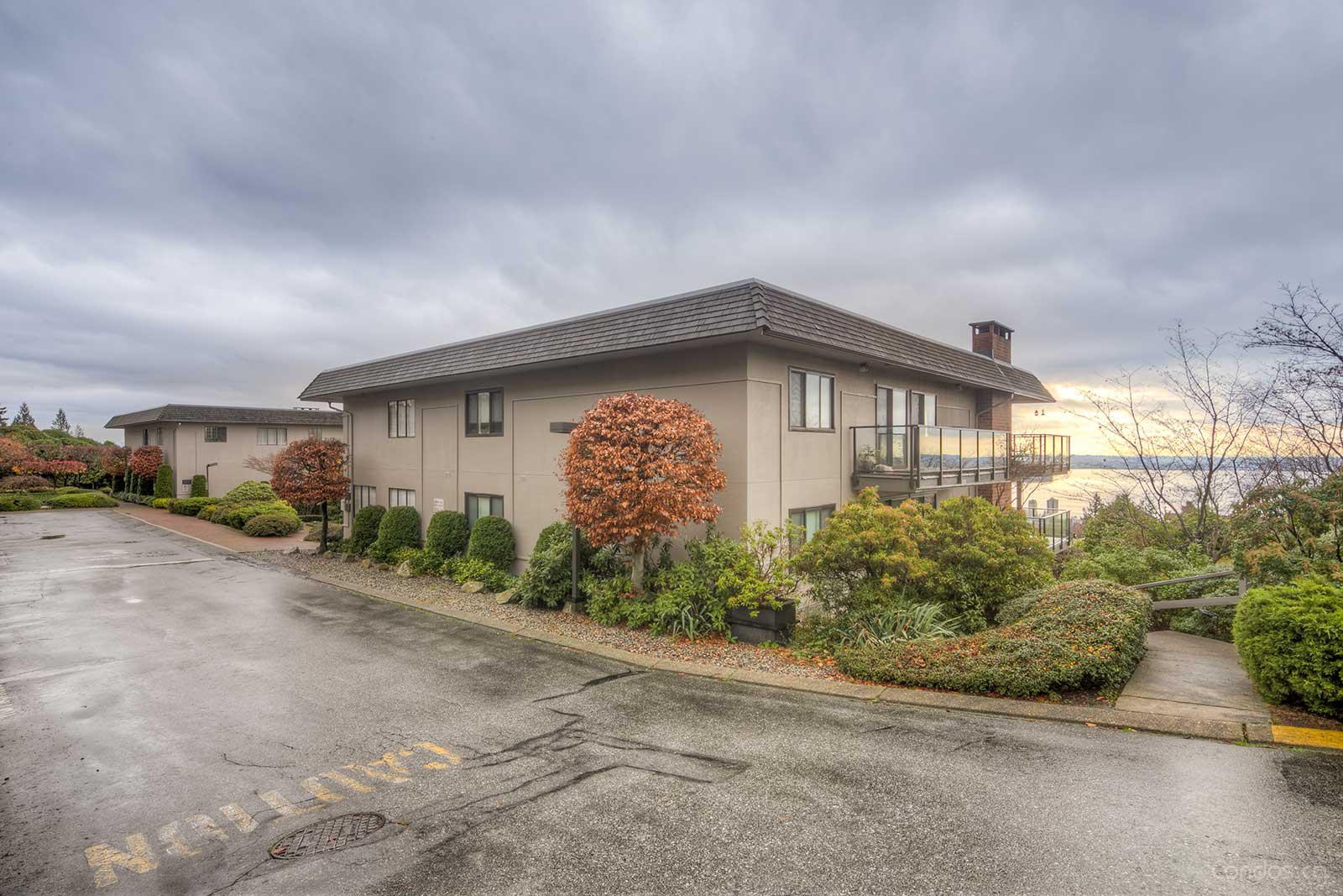 Panorama at 2206 Folkestone Way, West Vancouver 0