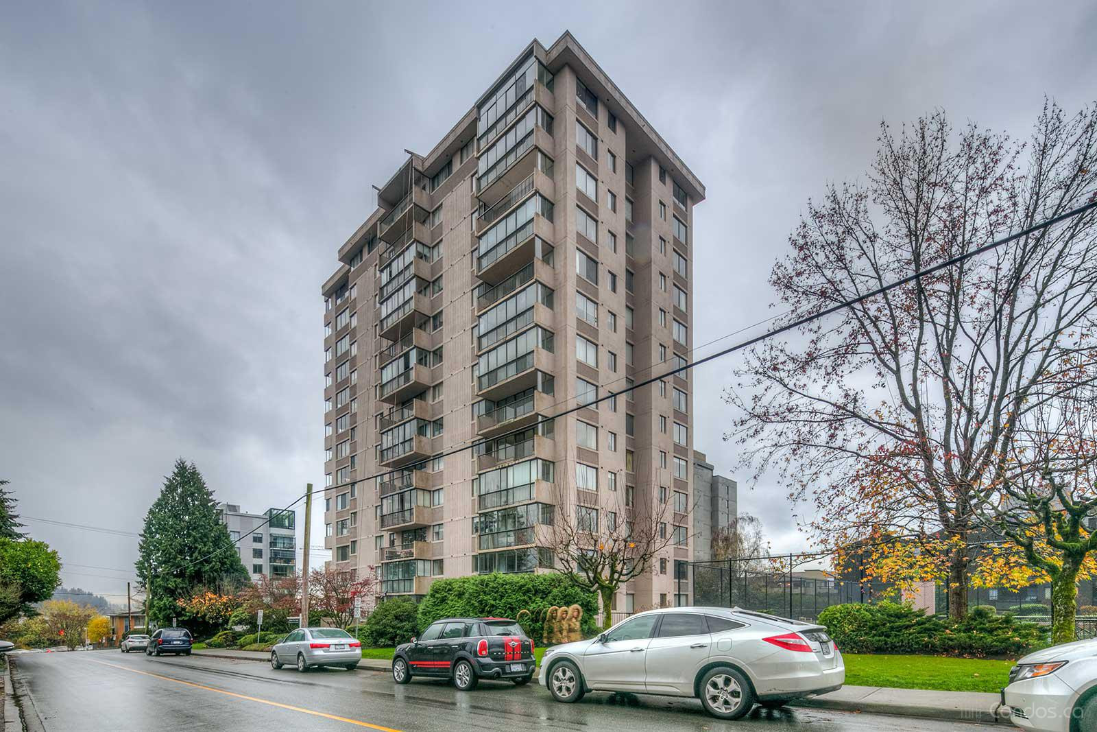 Parkview Tower WV at 555 13th St, West Vancouver 0