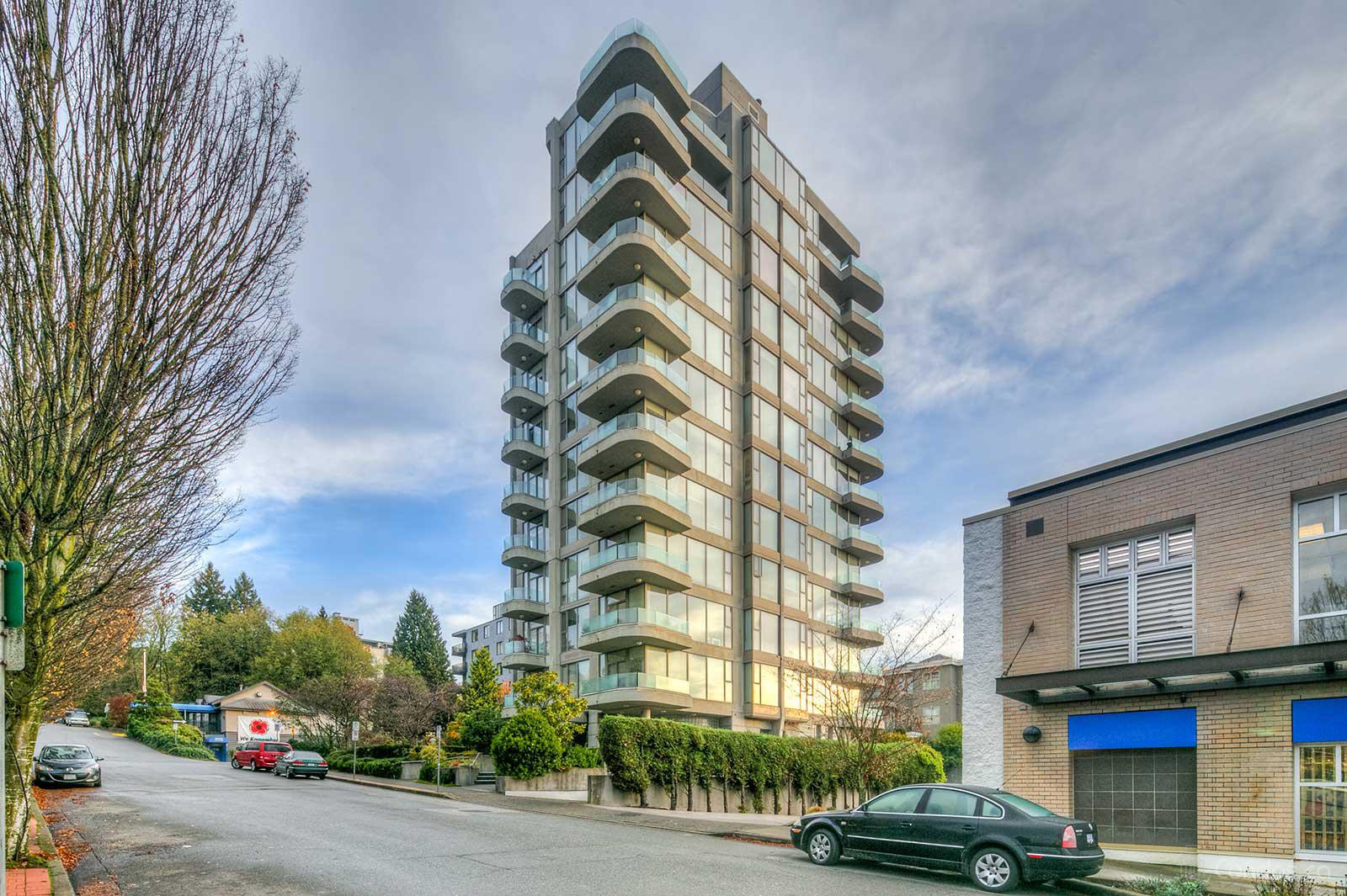 The Wentworth at 570 18th St, West Vancouver 0