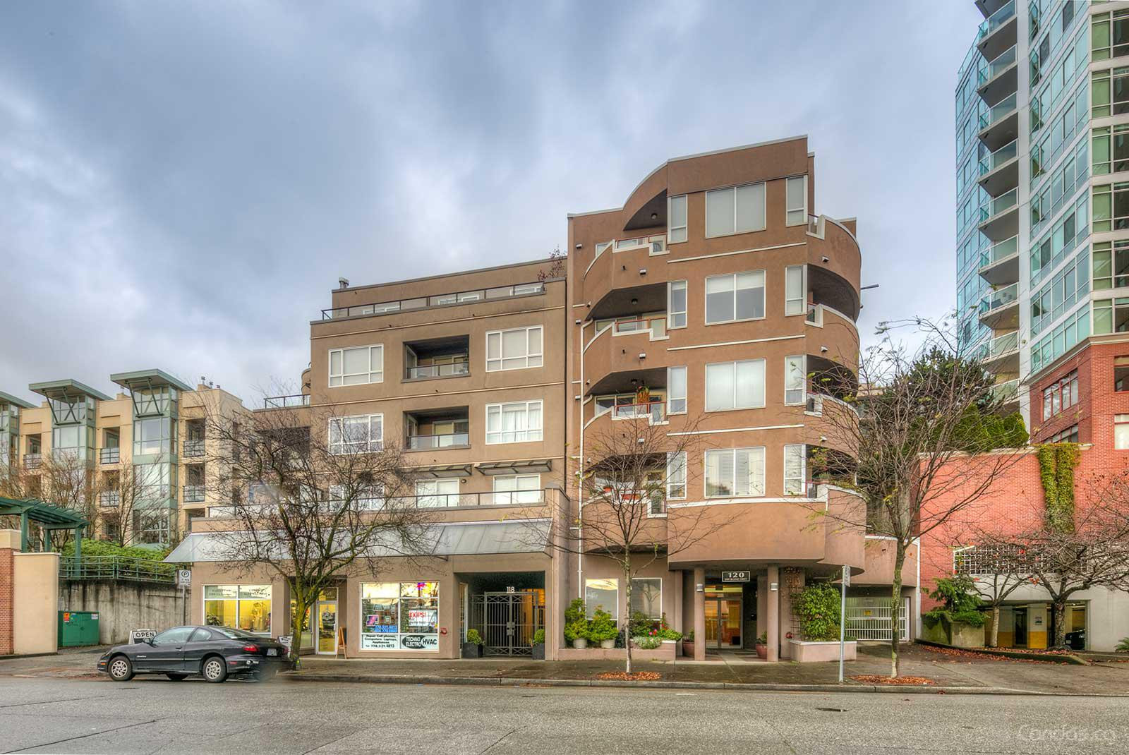 The Evergreen at 118 2nd St E, North Vancouver City 0