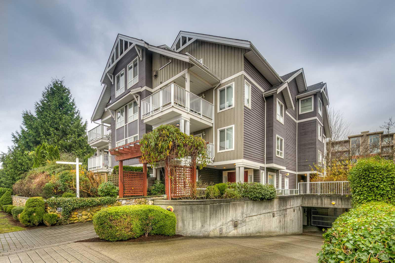The Westside at 128 21st St W, North Vancouver City 0