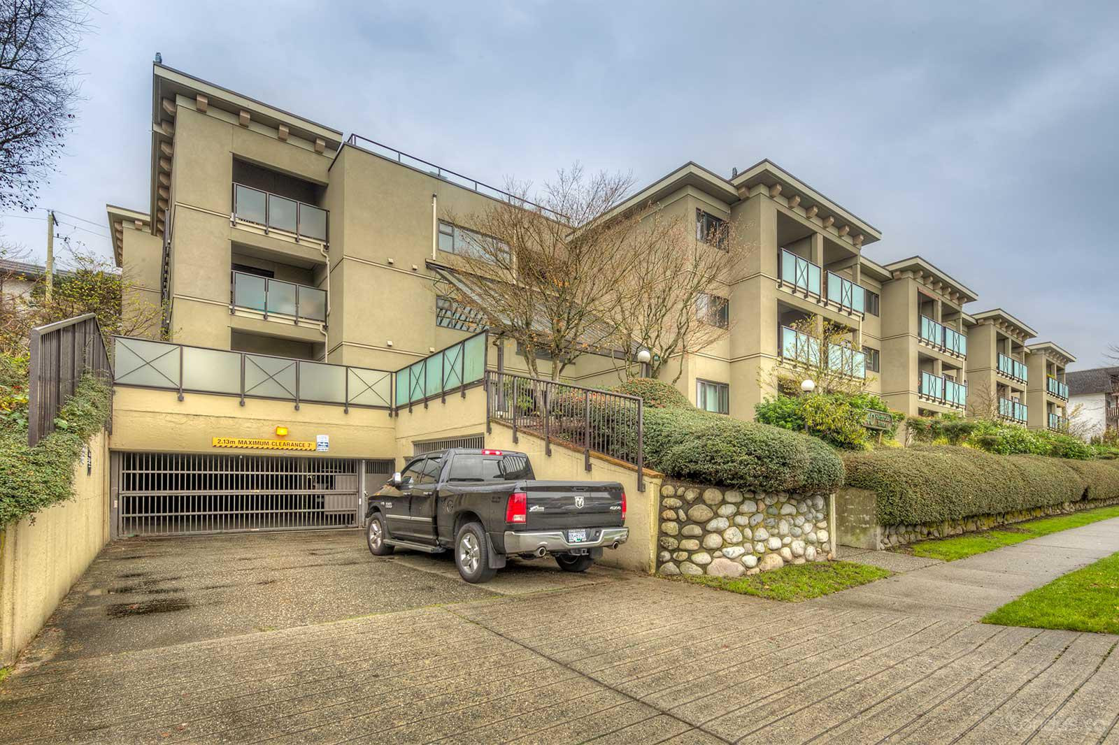 Harbourside Terrace at 140 4th St E, North Vancouver City 0